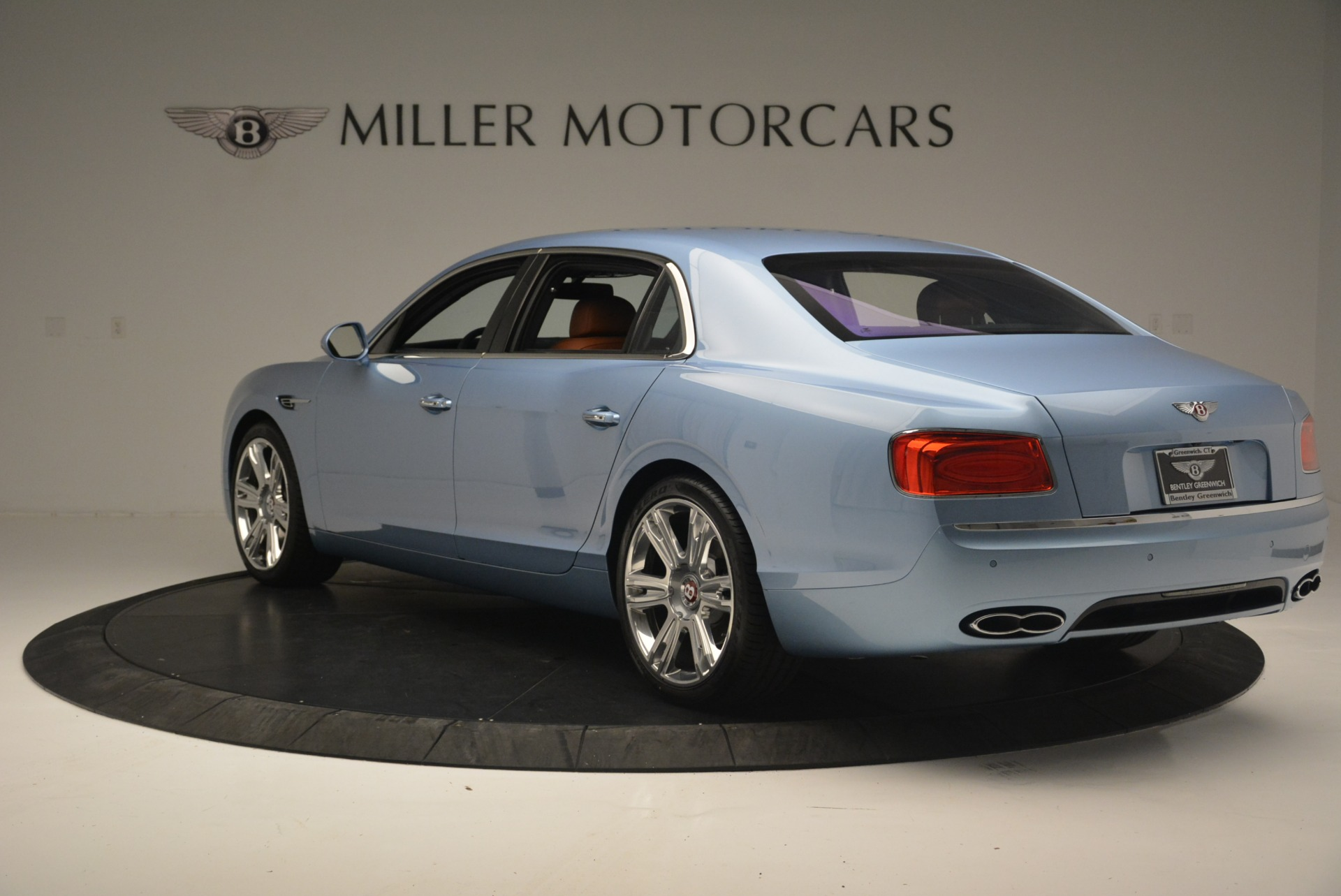 New 2018 Bentley Flying Spur V8 For Sale In Greenwich, CT 2484_p5