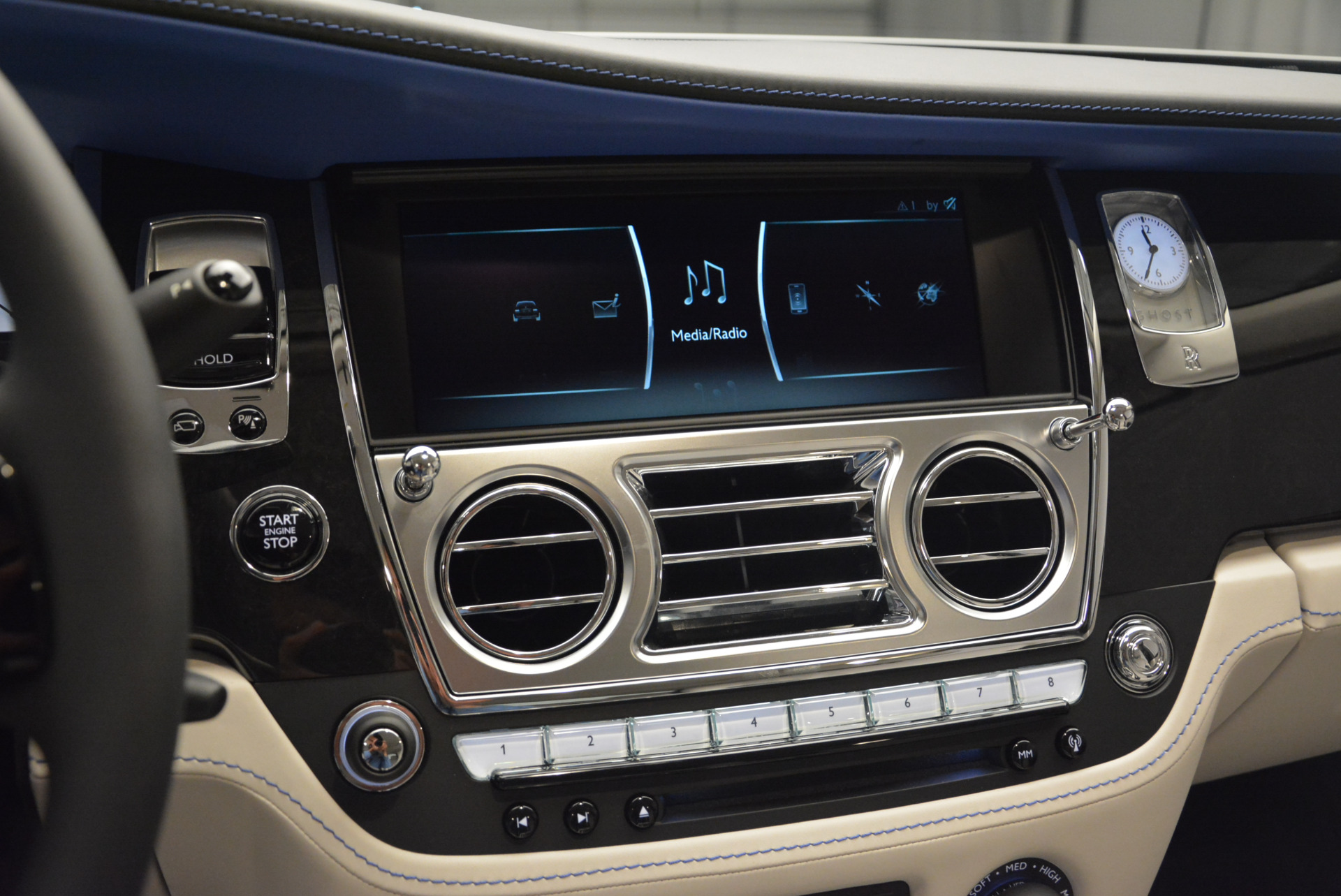 Used 2019 Rolls-Royce Ghost  For Sale In Greenwich, CT 2485_p16