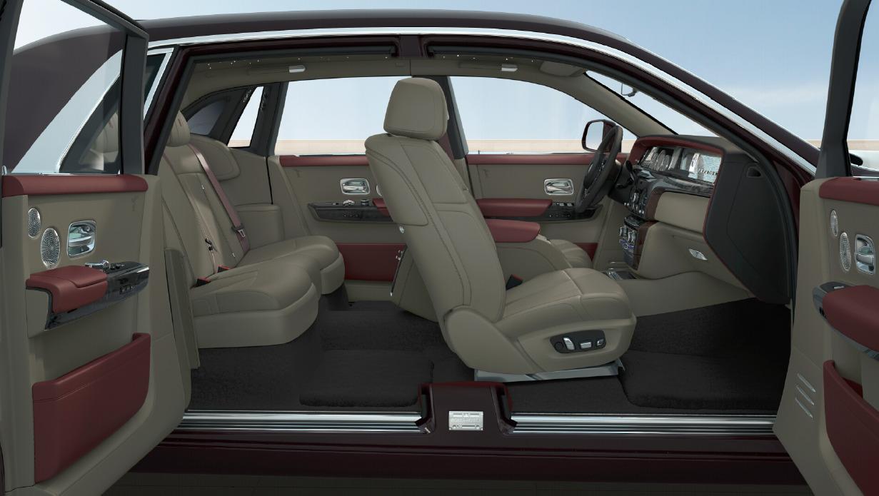 New 2018 Rolls-Royce Phantom  For Sale In Greenwich, CT 2486_p6