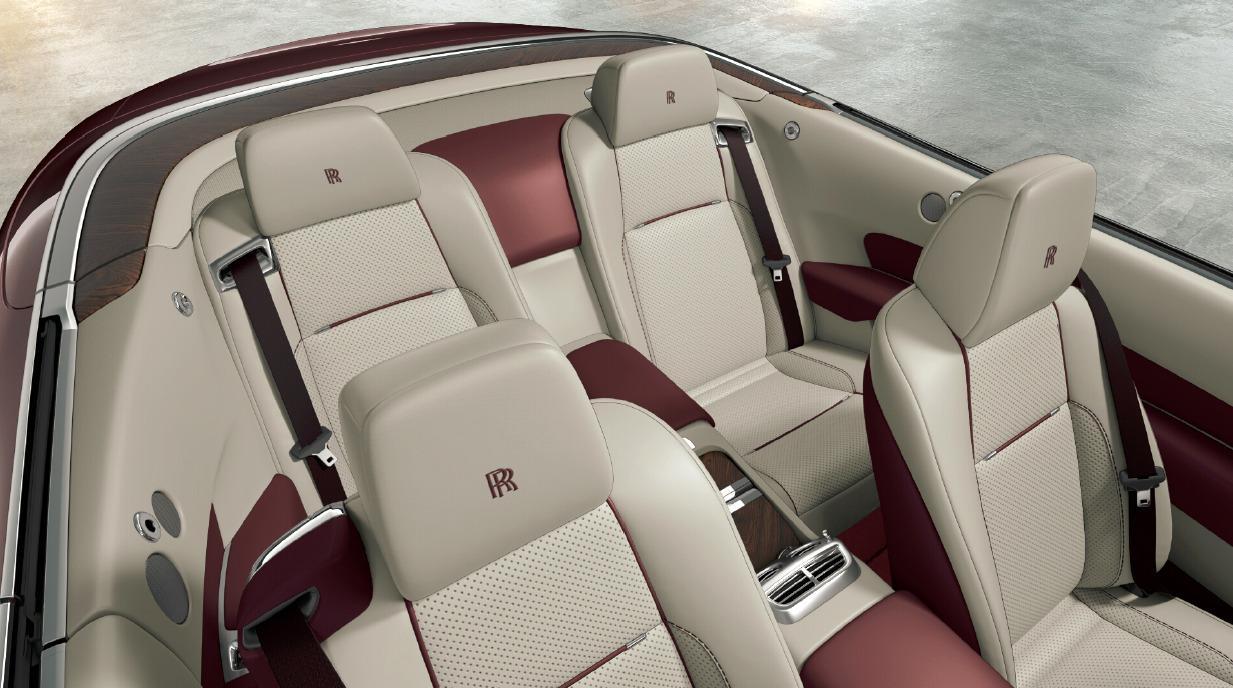 New 2018 Rolls-Royce Dawn  For Sale In Greenwich, CT 2490_p4