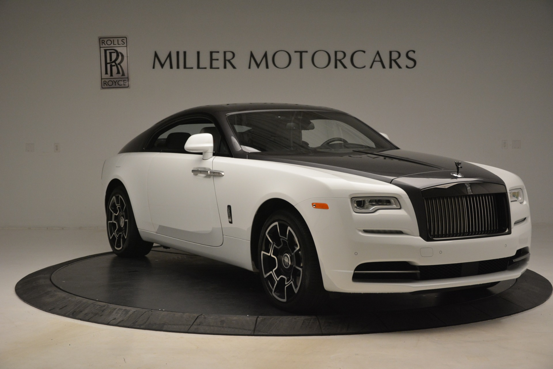 Used 2018 Rolls-Royce Wraith Black Badge Nebula Collection For Sale In Greenwich, CT 2491_p11
