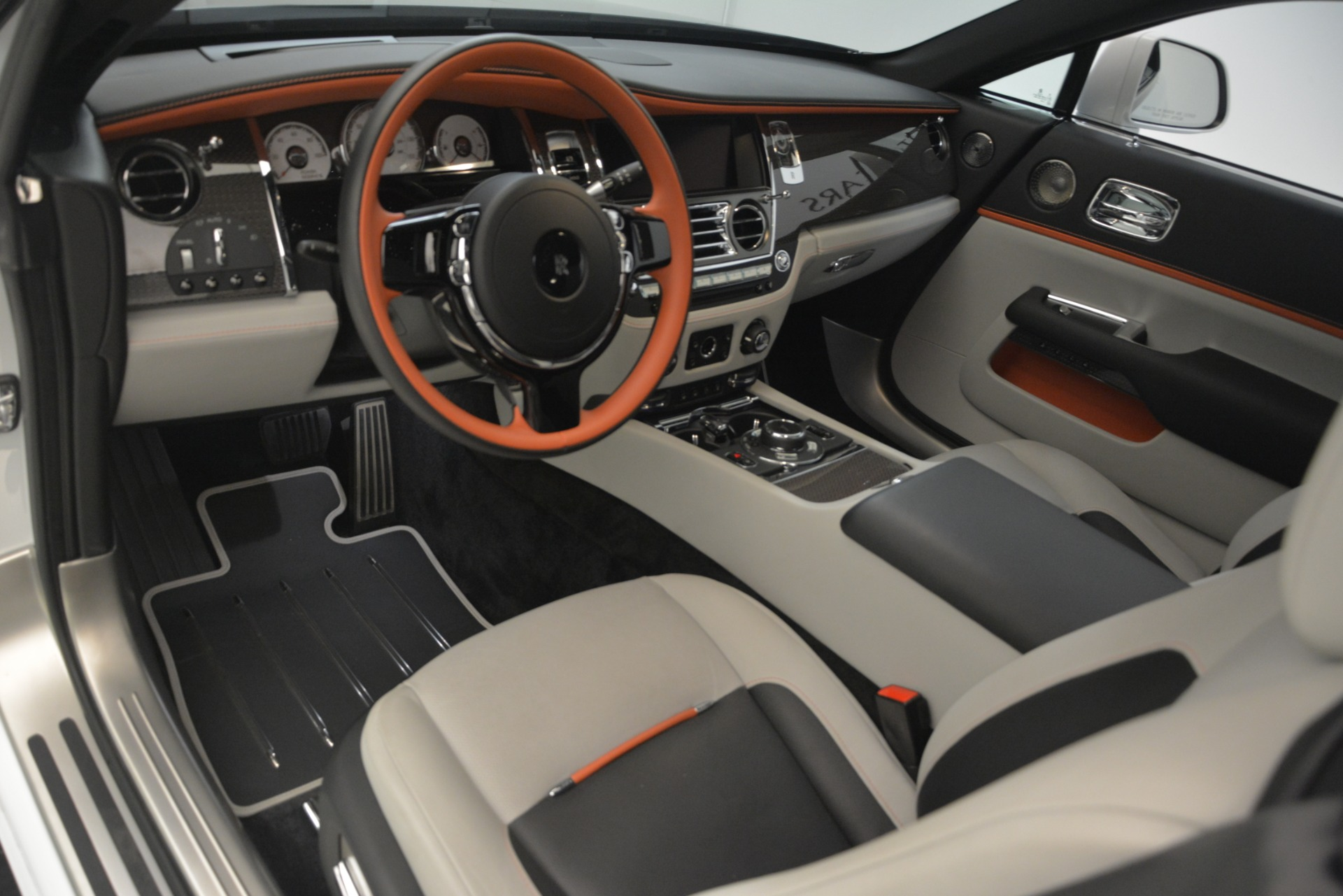 Used 2018 Rolls-Royce Wraith Black Badge Nebula Collection For Sale In Greenwich, CT 2491_p15