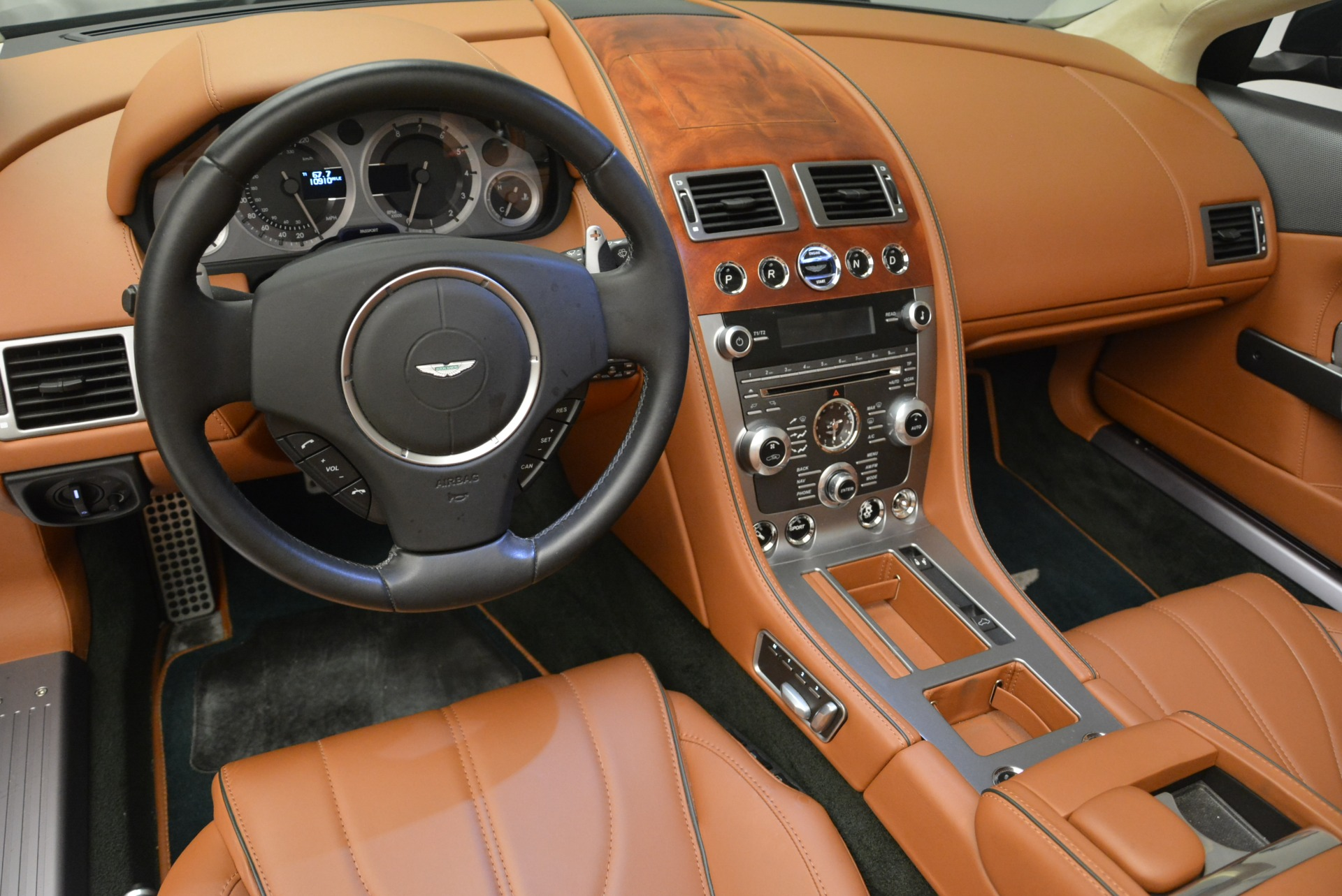 Used 2012 Aston Martin Virage Volante For Sale In Greenwich, CT 2508_p20