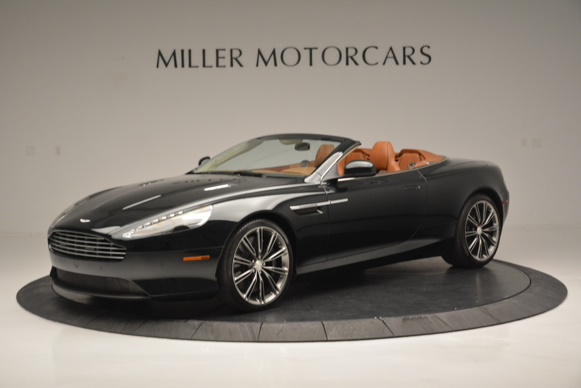 Used 2012 Aston Martin Virage Volante For Sale In Greenwich, CT 2508_p2