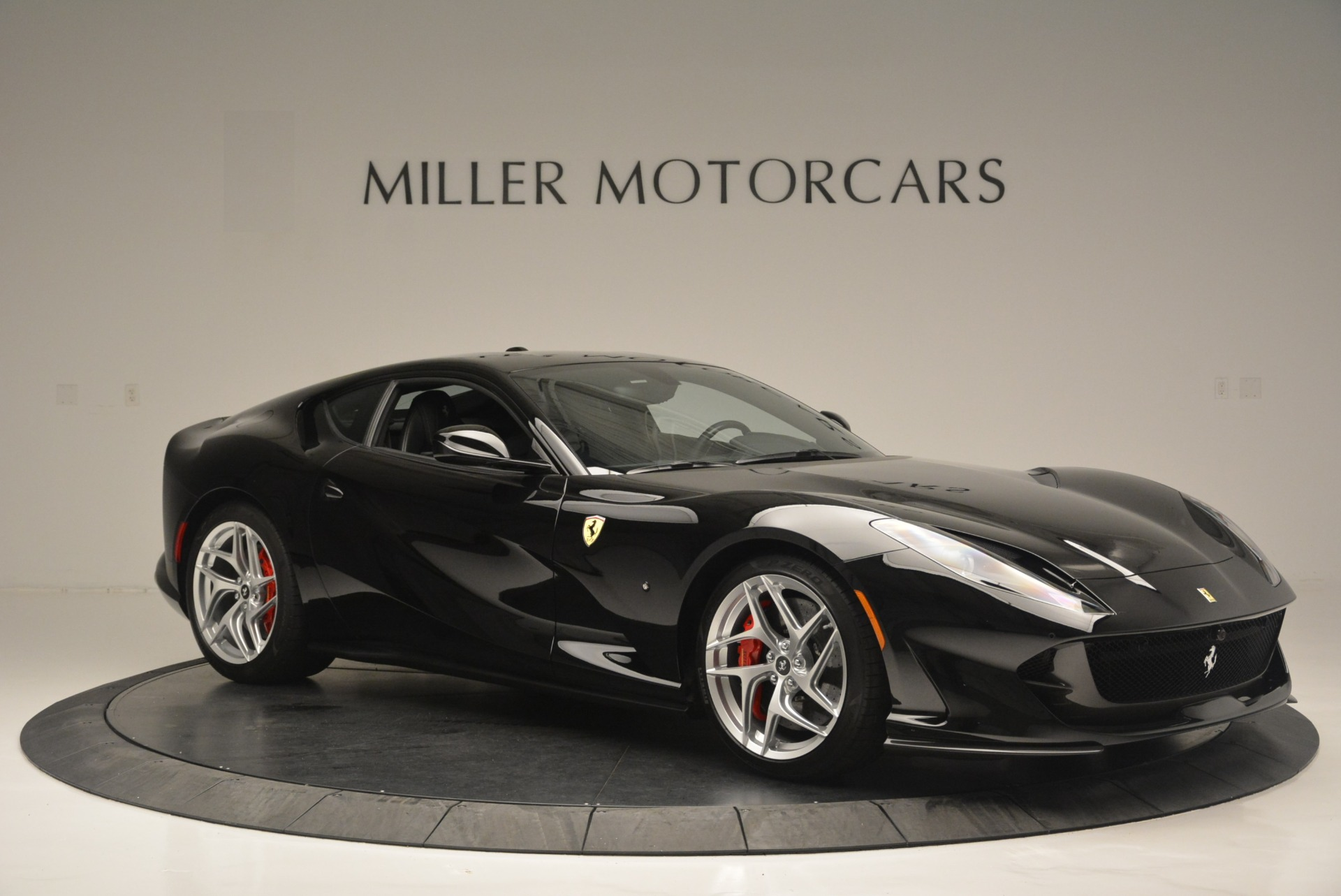 Used 2018 Ferrari 812 Superfast  For Sale In Greenwich, CT 2511_p10