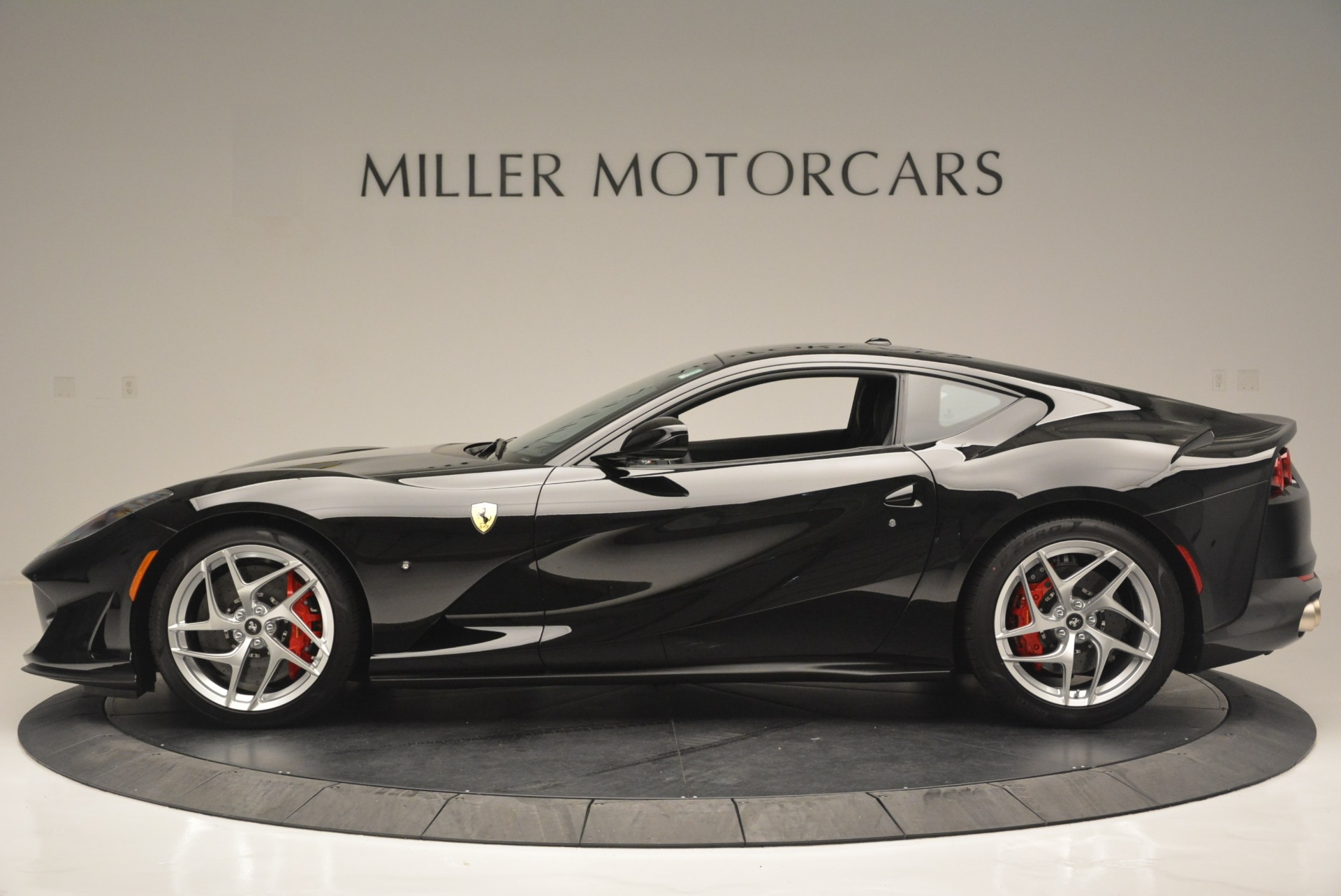 Used 2018 Ferrari 812 Superfast  For Sale In Greenwich, CT 2511_p3