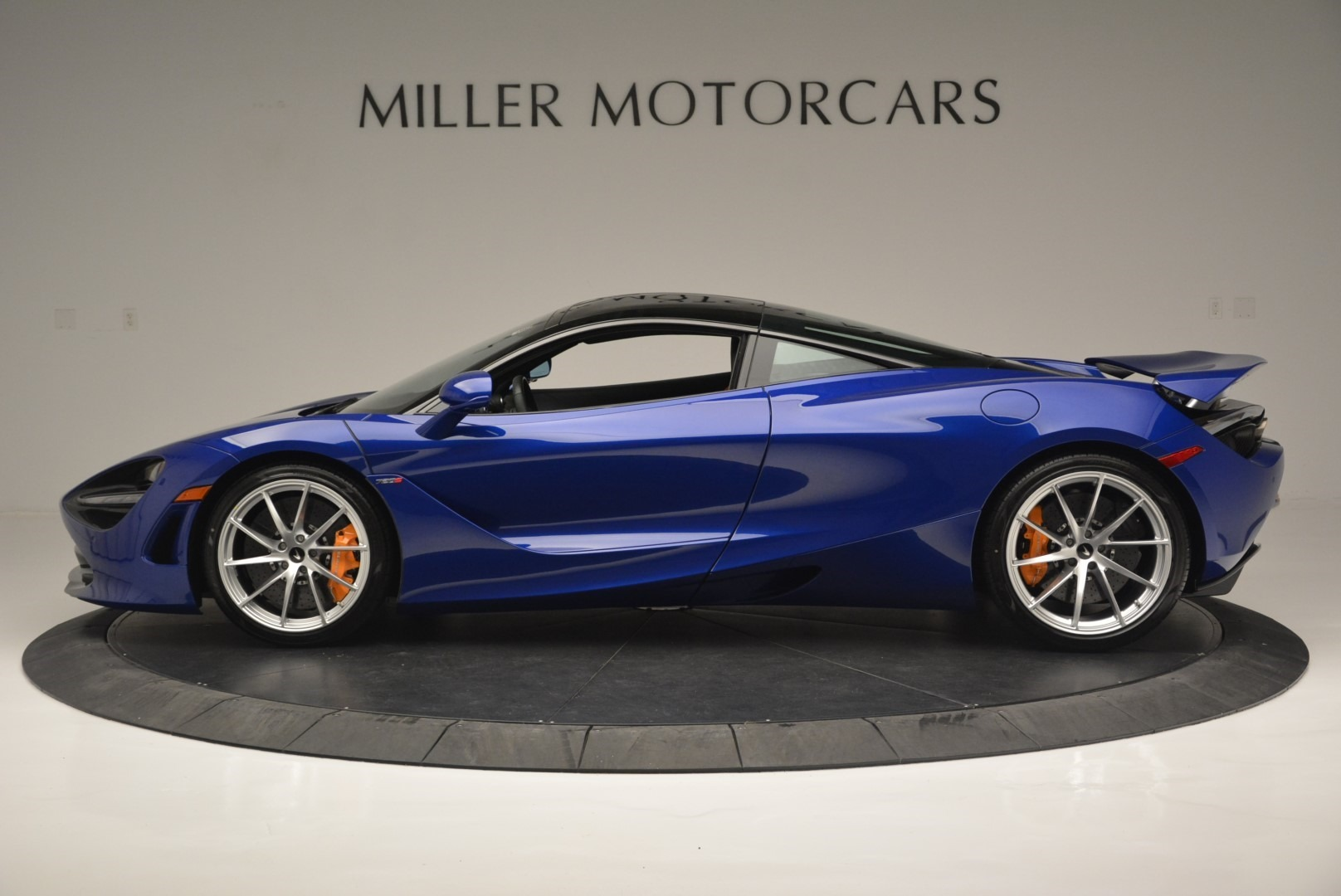 Used 2019 McLaren 720S Coupe For Sale In Greenwich, CT 2516_p3