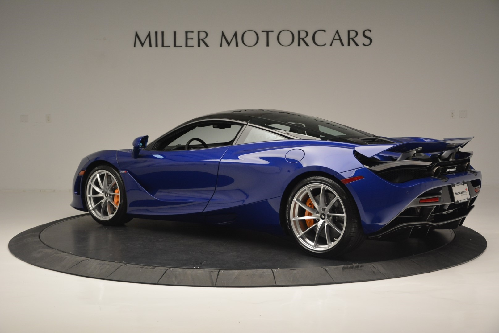 Used 2019 McLaren 720S Coupe For Sale In Greenwich, CT 2516_p4