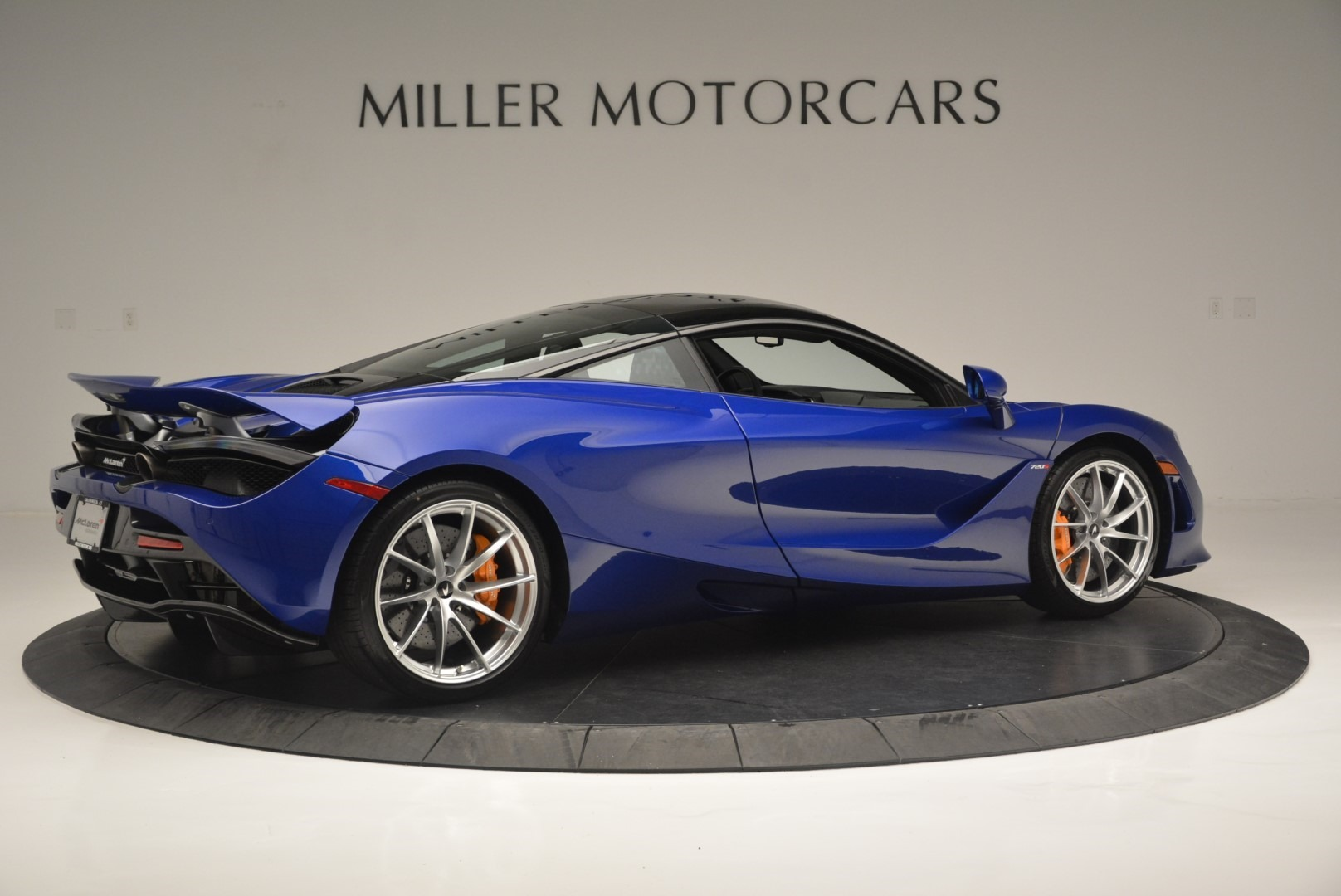 Used 2019 McLaren 720S Coupe For Sale In Greenwich, CT 2516_p8