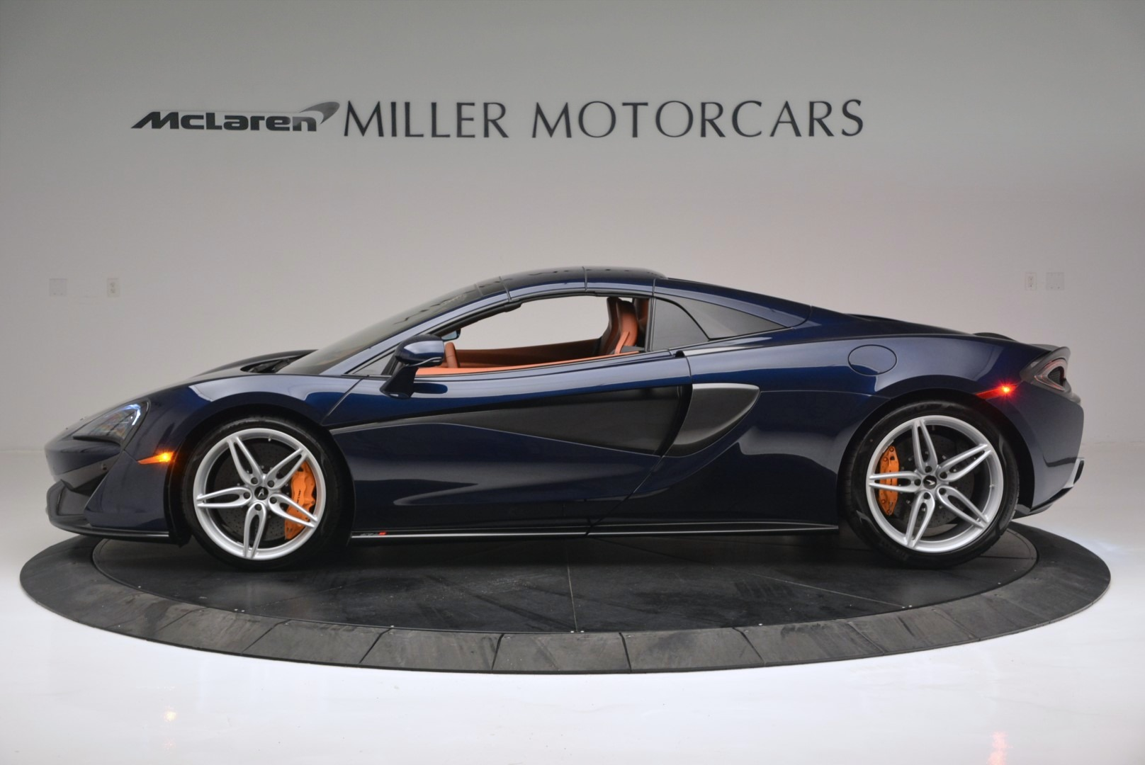 New 2019 McLaren 570S Spider Convertible For Sale In Greenwich, CT 2521_p16