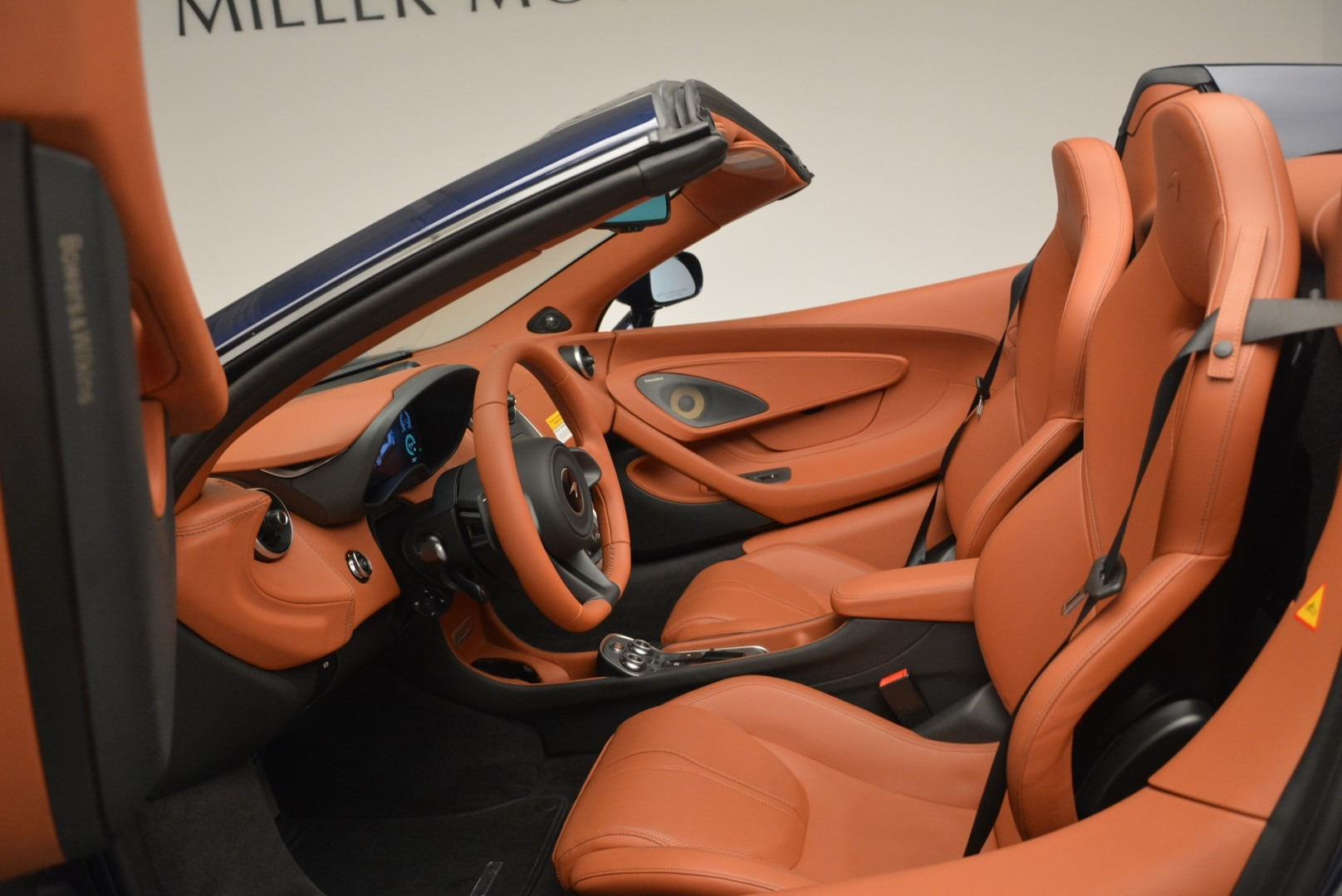 New 2019 McLaren 570S Spider Convertible For Sale In Greenwich, CT 2521_p24