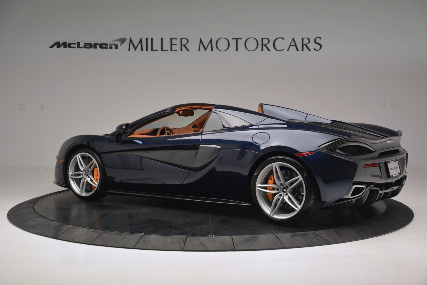 New 2019 McLaren 570S Spider Convertible For Sale In Greenwich, CT 2521_p4