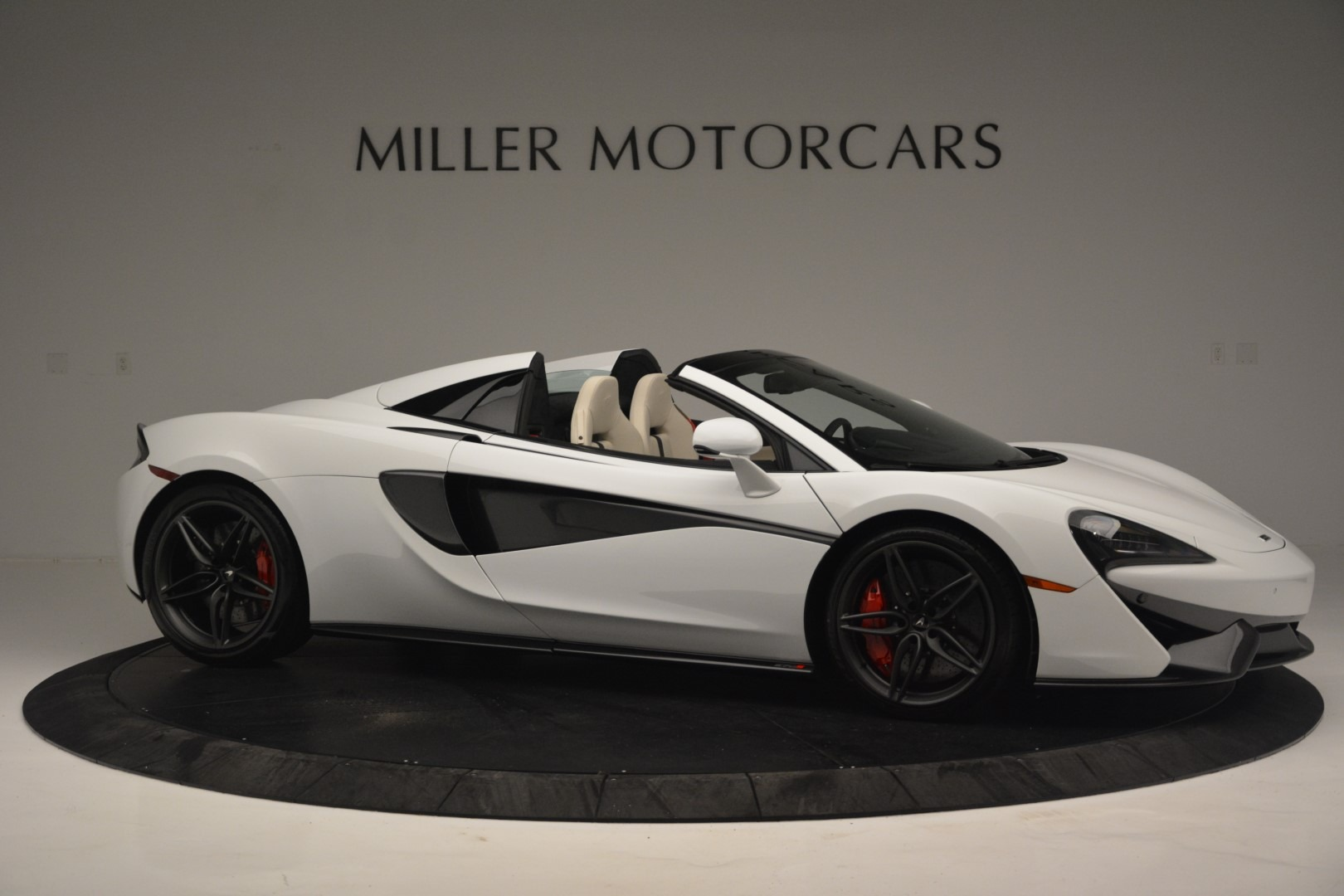 New 2019 McLaren 570S Spider Convertible For Sale In Greenwich, CT 2523_p10