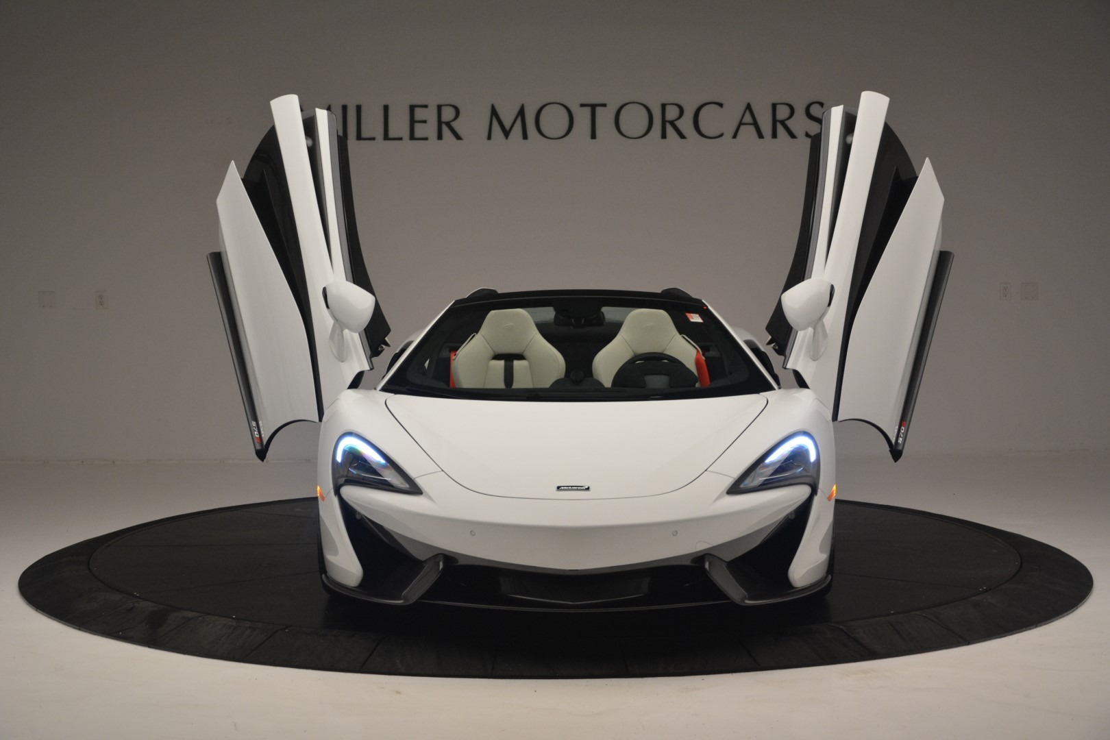 New 2019 McLaren 570S Spider Convertible For Sale In Greenwich, CT 2523_p13