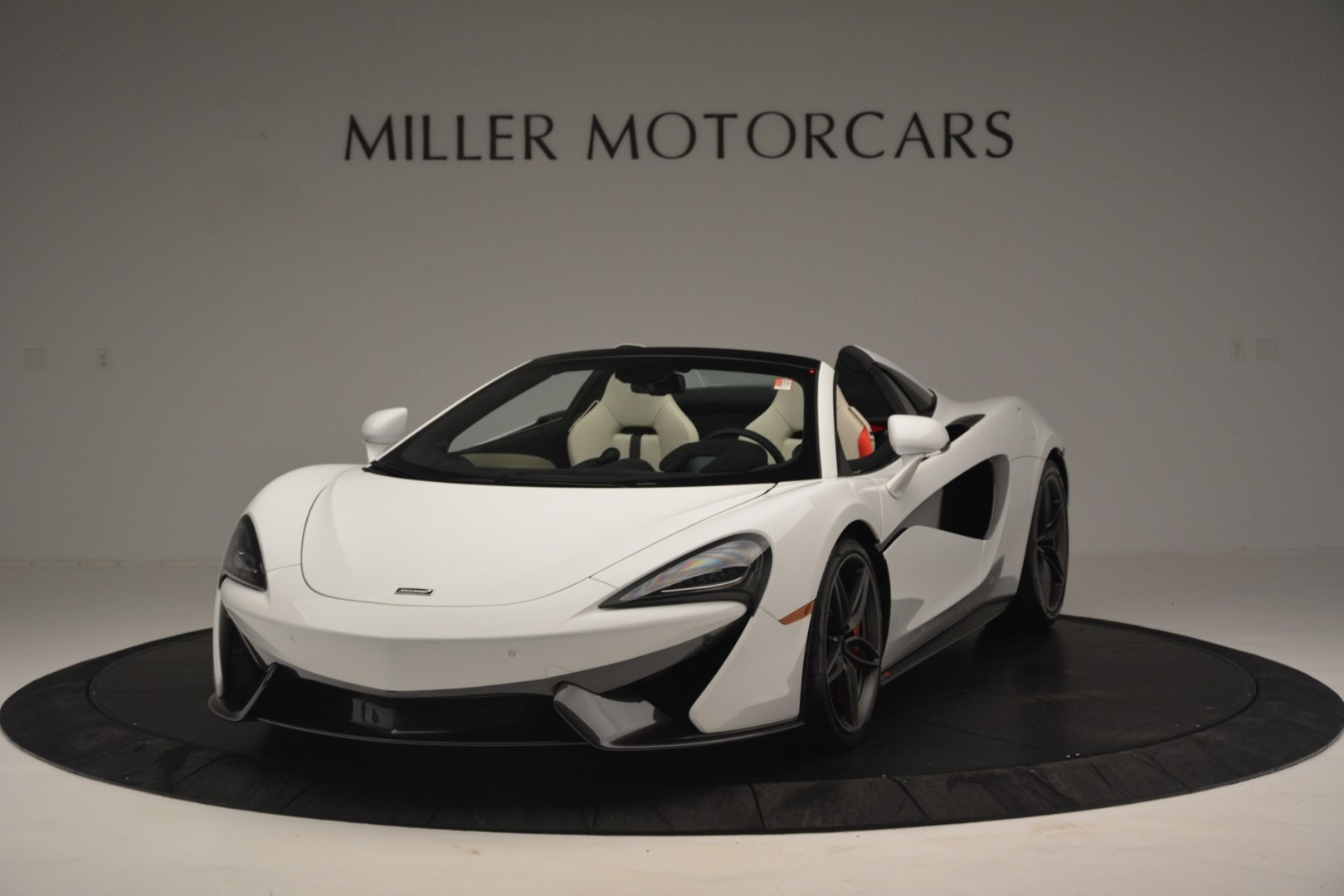 New 2019 McLaren 570S Spider Convertible For Sale In Greenwich, CT 2523_p2