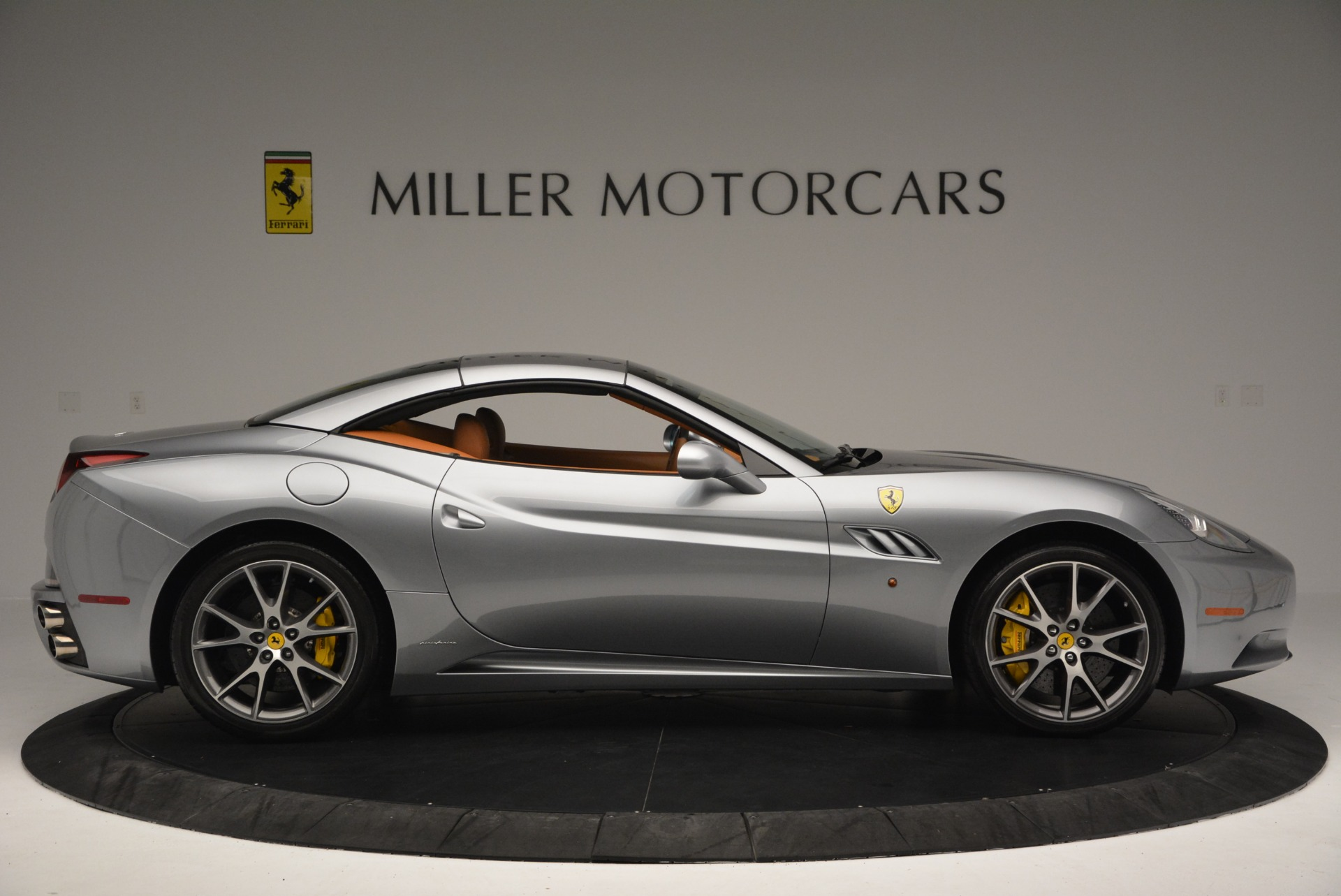 Used 2012 Ferrari California  For Sale In Greenwich, CT 2524_p21