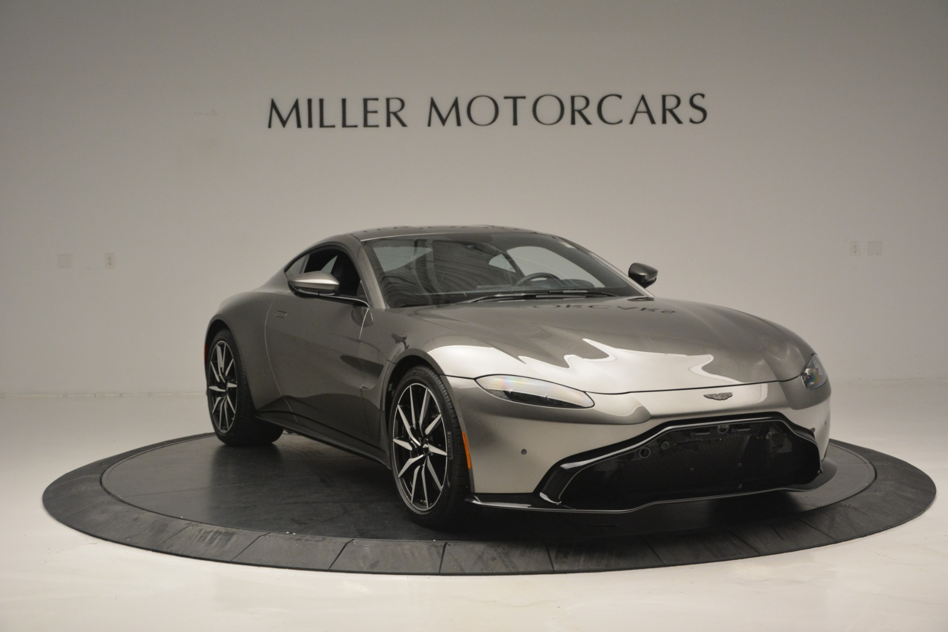 New 2019 Aston Martin Vantage Coupe For Sale In Greenwich, CT 2527_p11