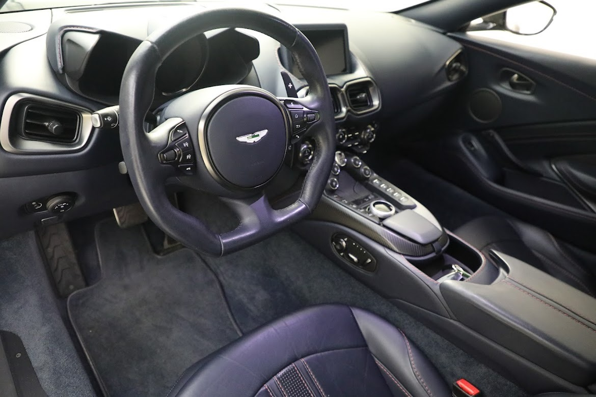 New 2019 Aston Martin Vantage Coupe For Sale In Greenwich, CT 2527_p12