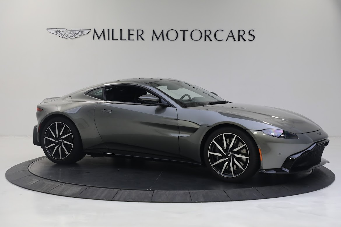 New 2019 Aston Martin Vantage Coupe For Sale In Greenwich, CT 2527_p9