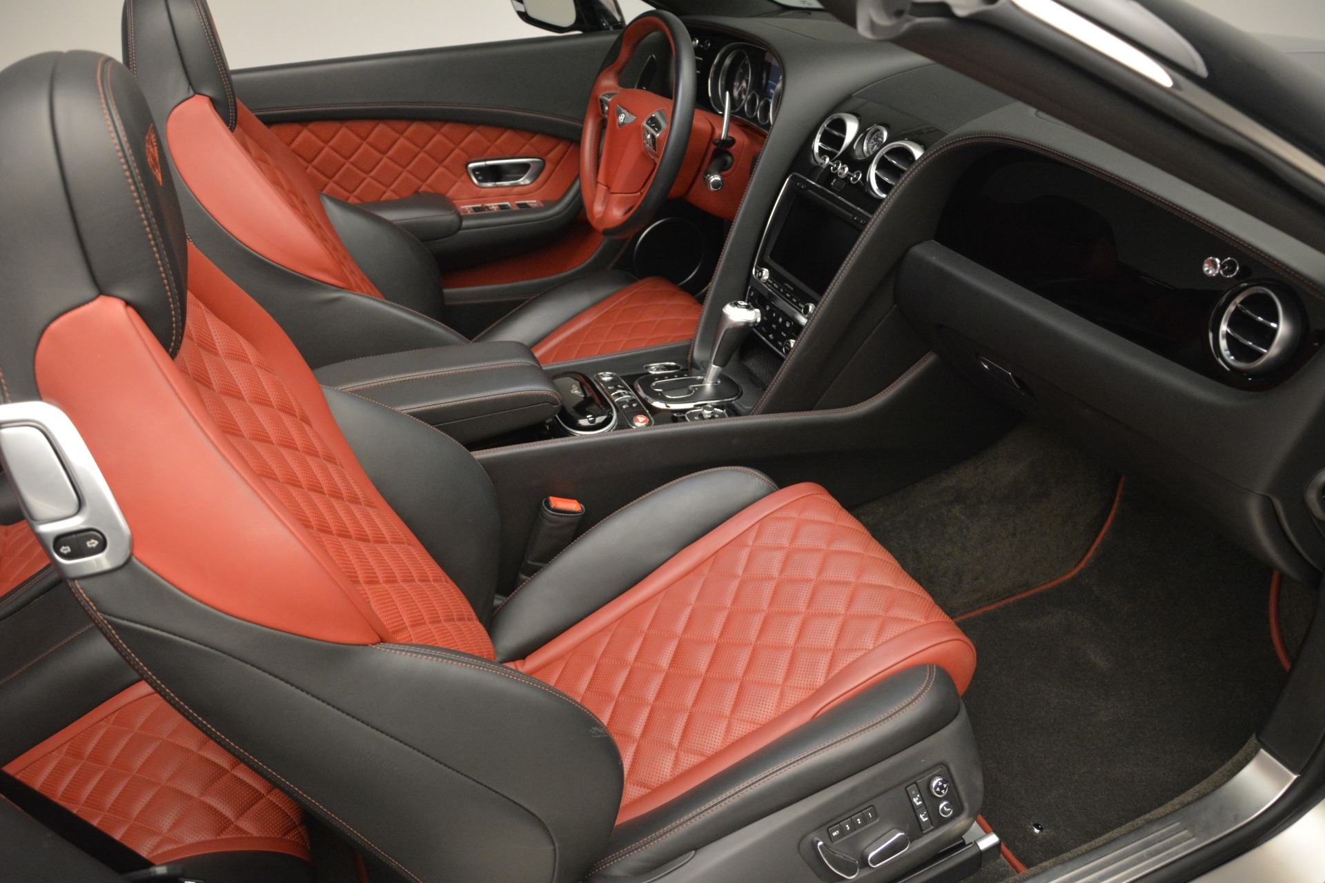 Used 2016 Bentley Continental GT V8 S For Sale In Greenwich, CT 2530_p32
