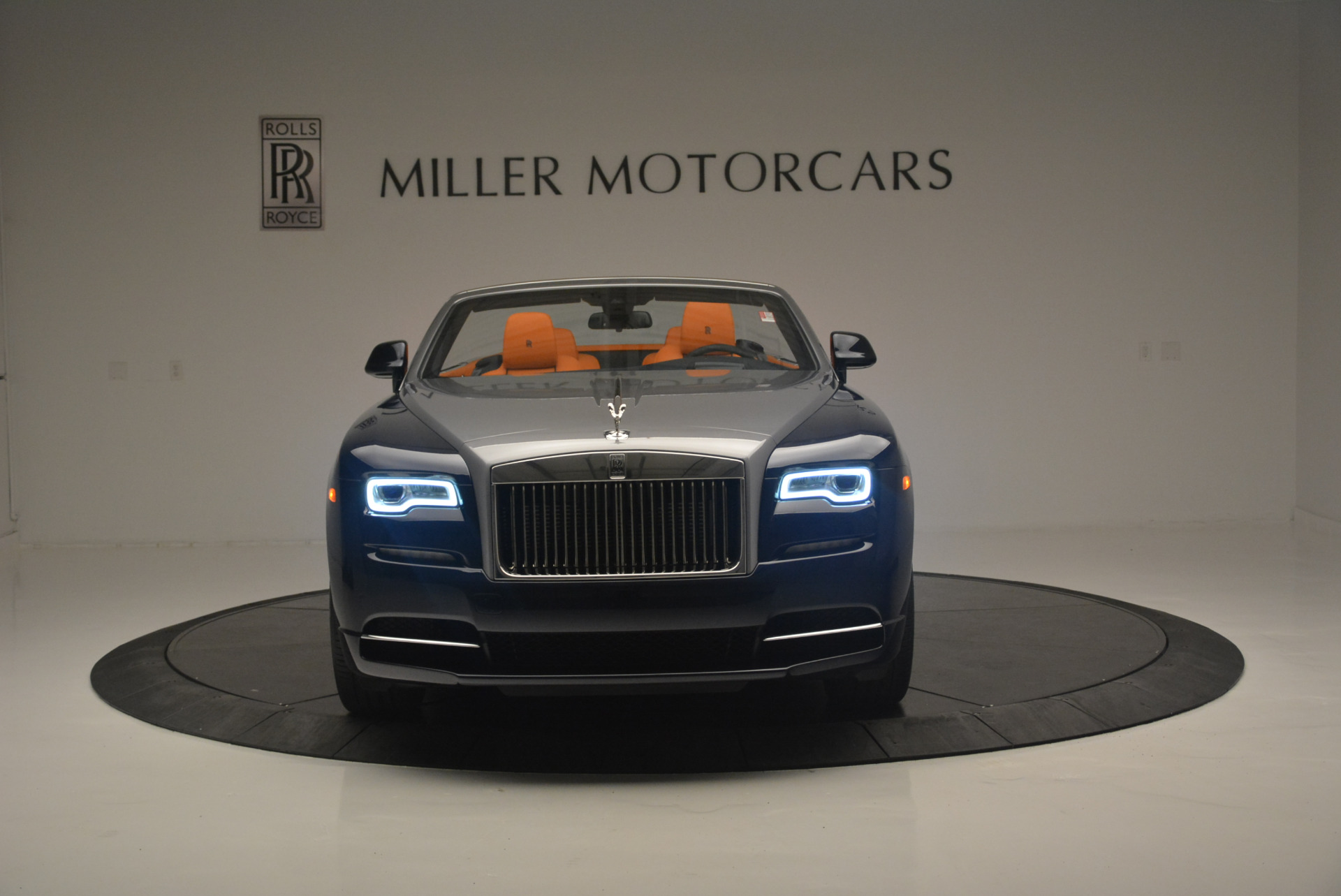 New 2019 Rolls-Royce Dawn  For Sale In Greenwich, CT 2531_p12