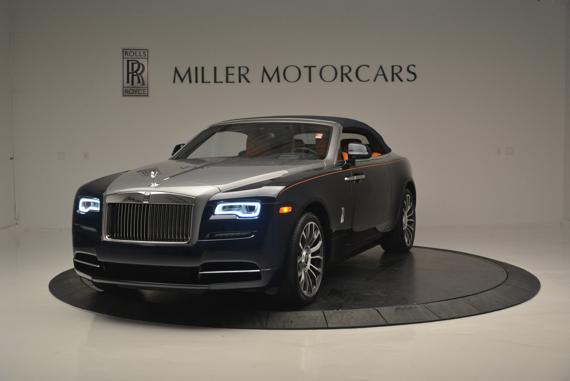 New 2019 Rolls-Royce Dawn  For Sale In Greenwich, CT 2531_p14