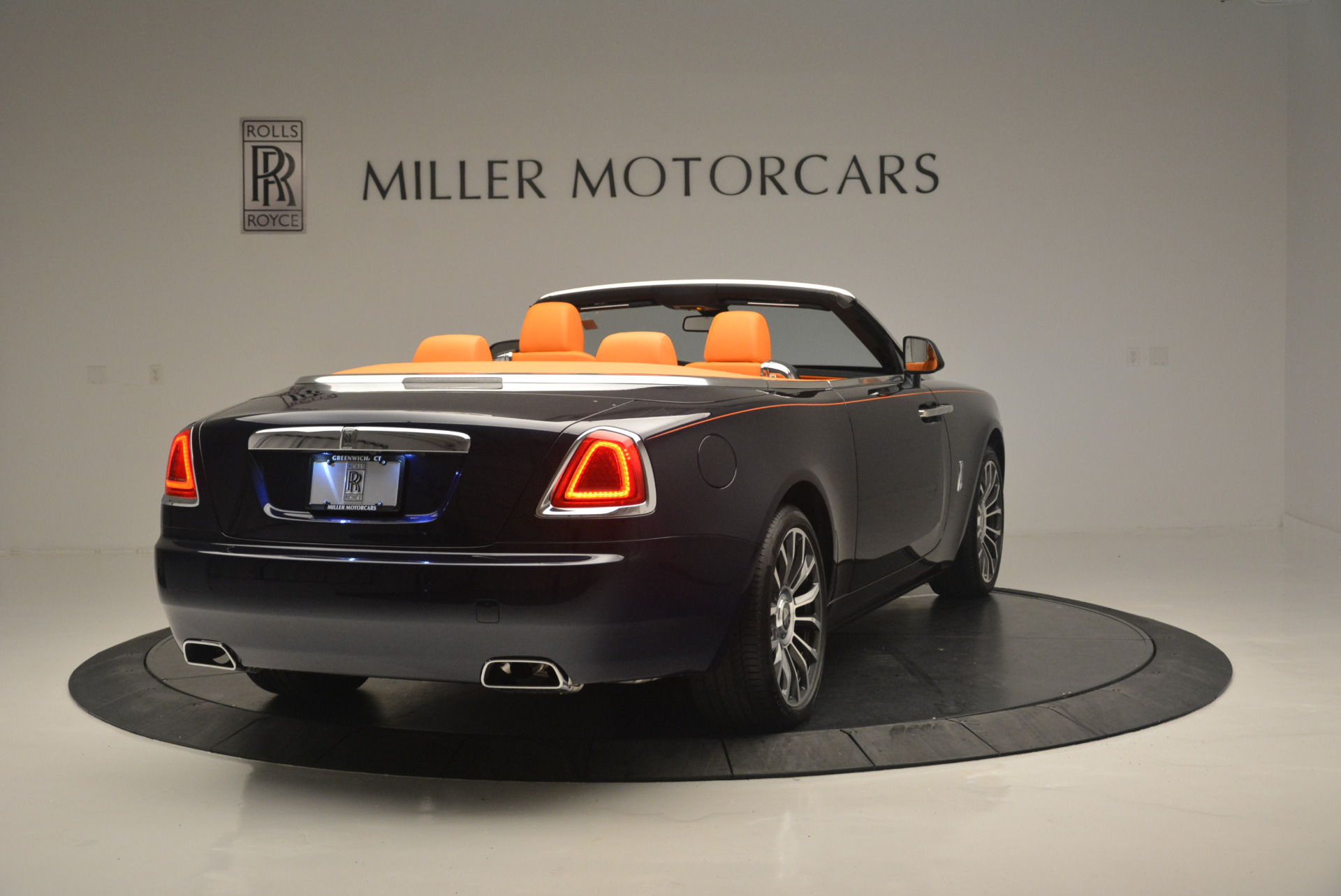 New 2019 Rolls-Royce Dawn  For Sale In Greenwich, CT 2531_p7