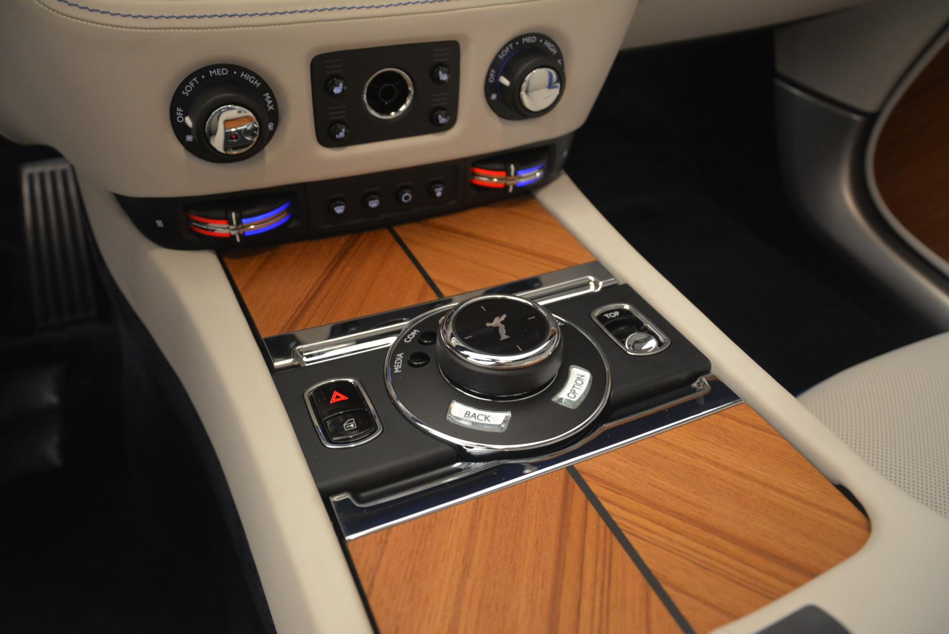New 2019 Rolls-Royce Dawn  For Sale In Greenwich, CT 2533_p22