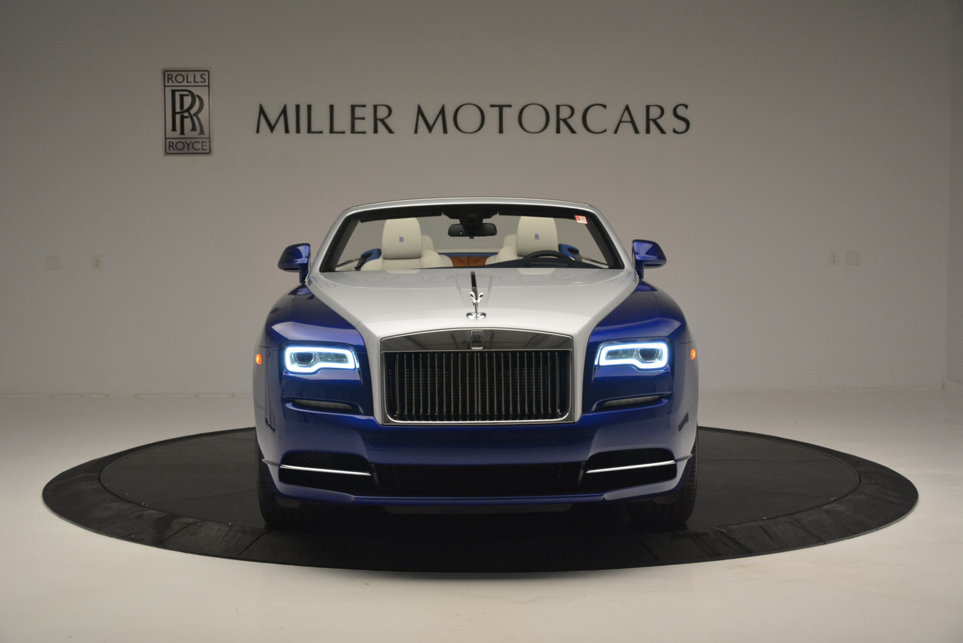 New 2019 Rolls-Royce Dawn  For Sale In Greenwich, CT 2533_p8
