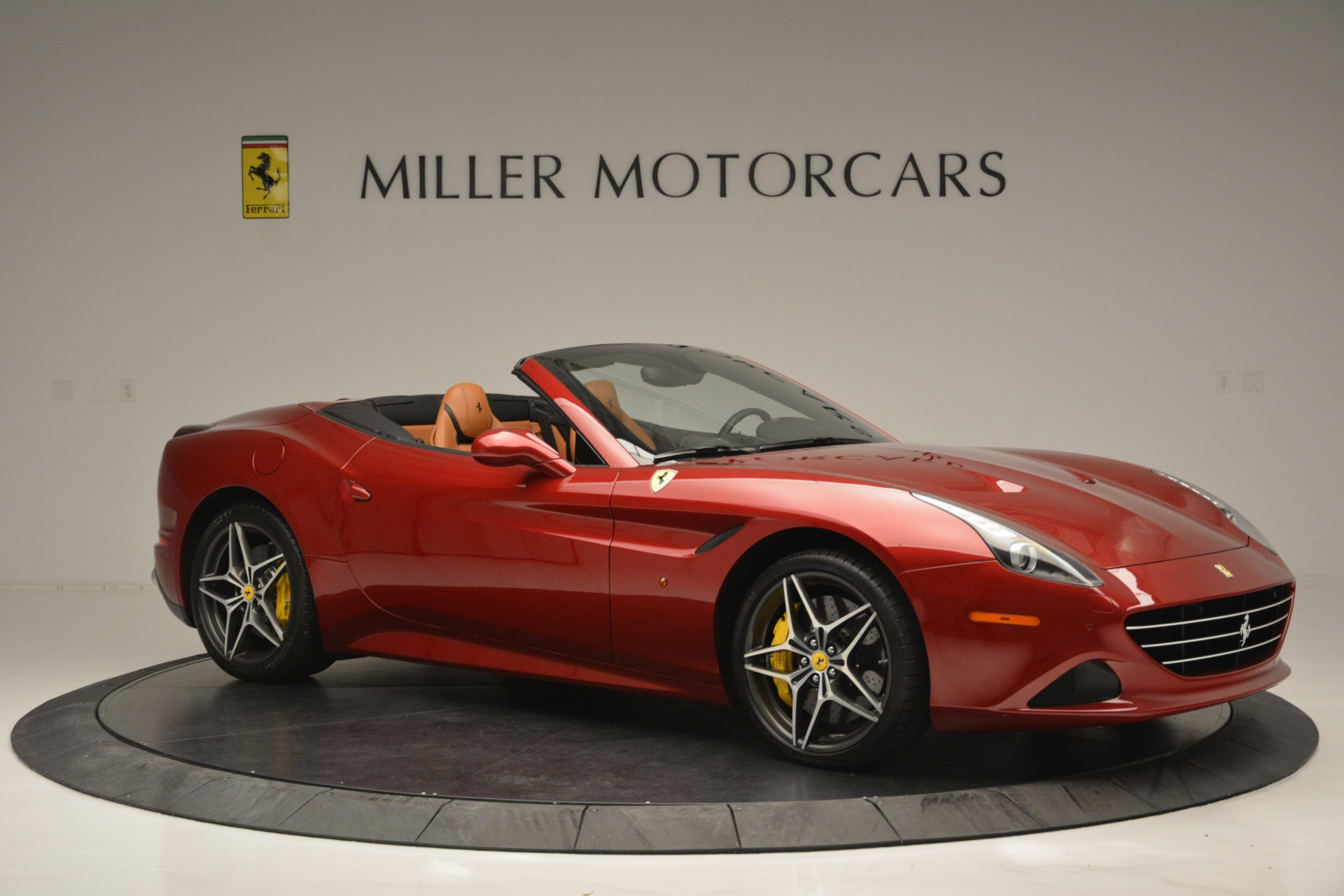 Used 2016 Ferrari California T  For Sale In Greenwich, CT 2534_p10