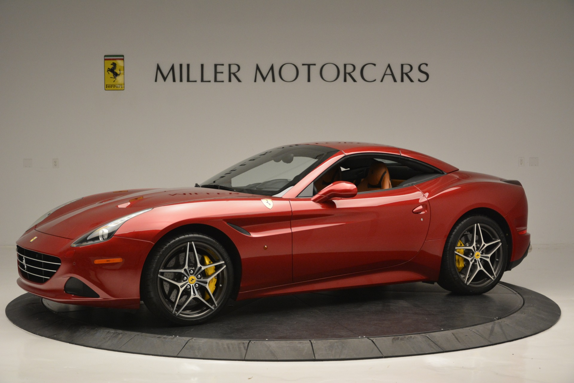 Used 2016 Ferrari California T  For Sale In Greenwich, CT 2534_p14