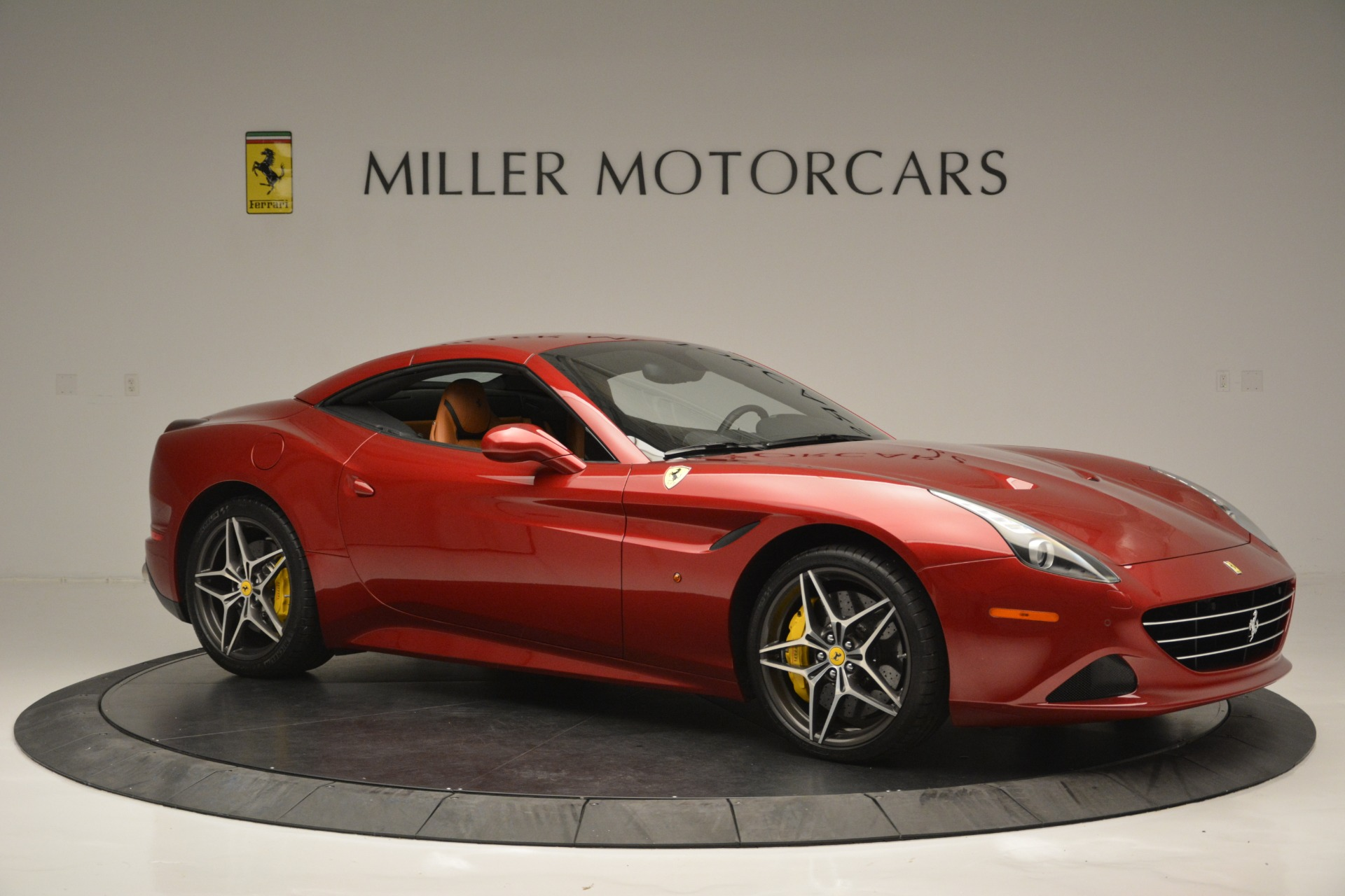Used 2016 Ferrari California T  For Sale In Greenwich, CT 2534_p22