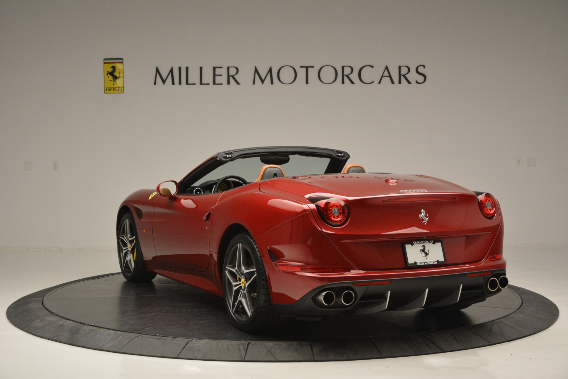 Used 2016 Ferrari California T  For Sale In Greenwich, CT 2534_p5