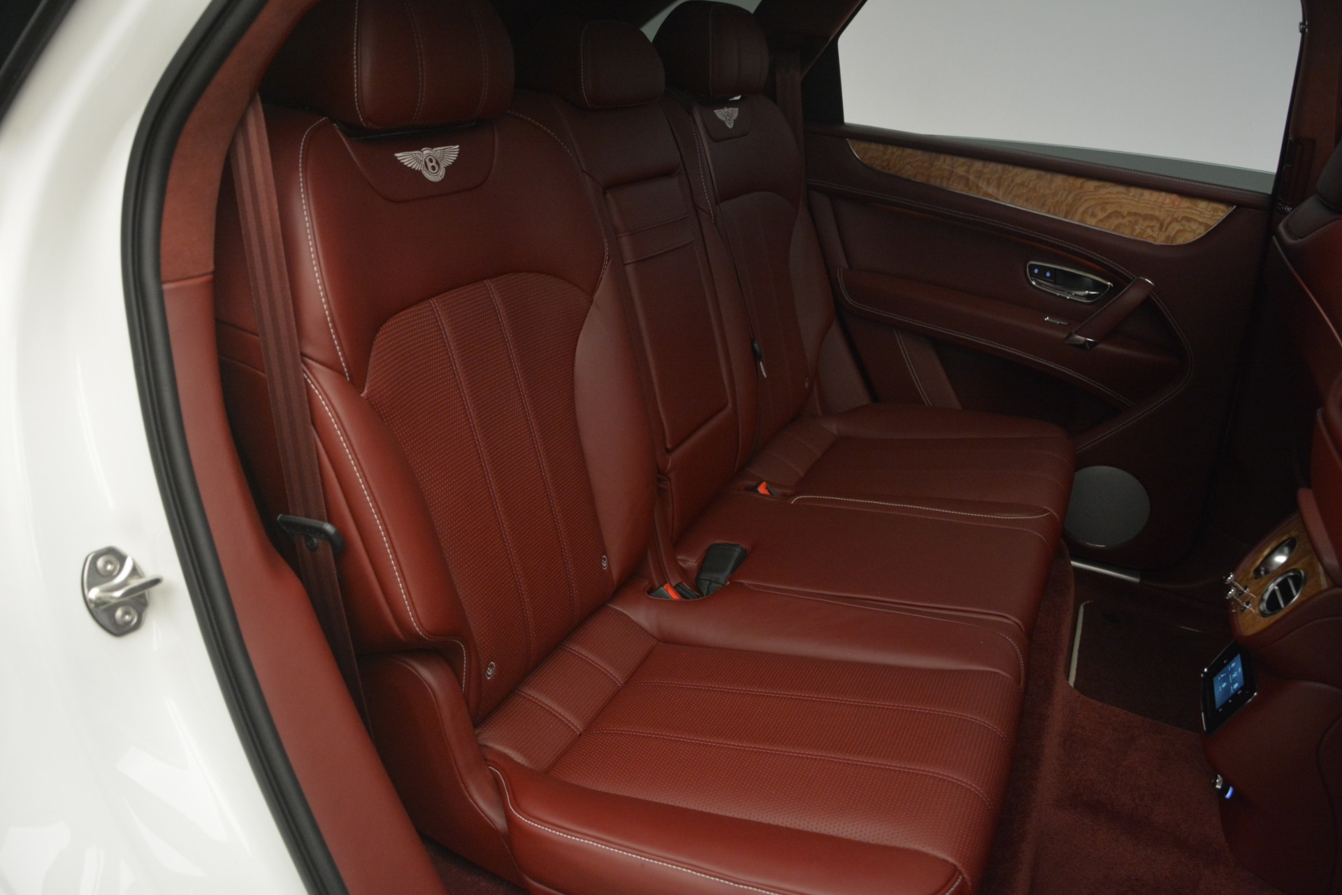 New 2019 Bentley Bentayga V8 For Sale In Greenwich, CT 2535_p30