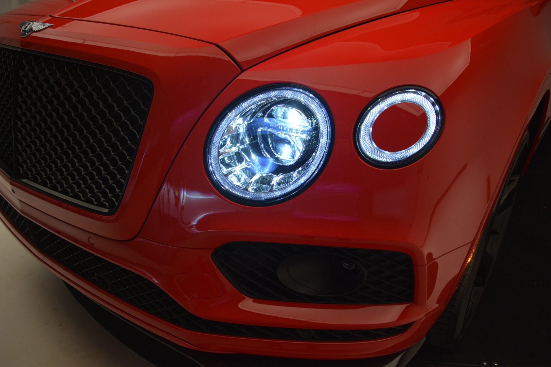 New 2019 BENTLEY Bentayga V8 For Sale In Greenwich, CT 2536_p14