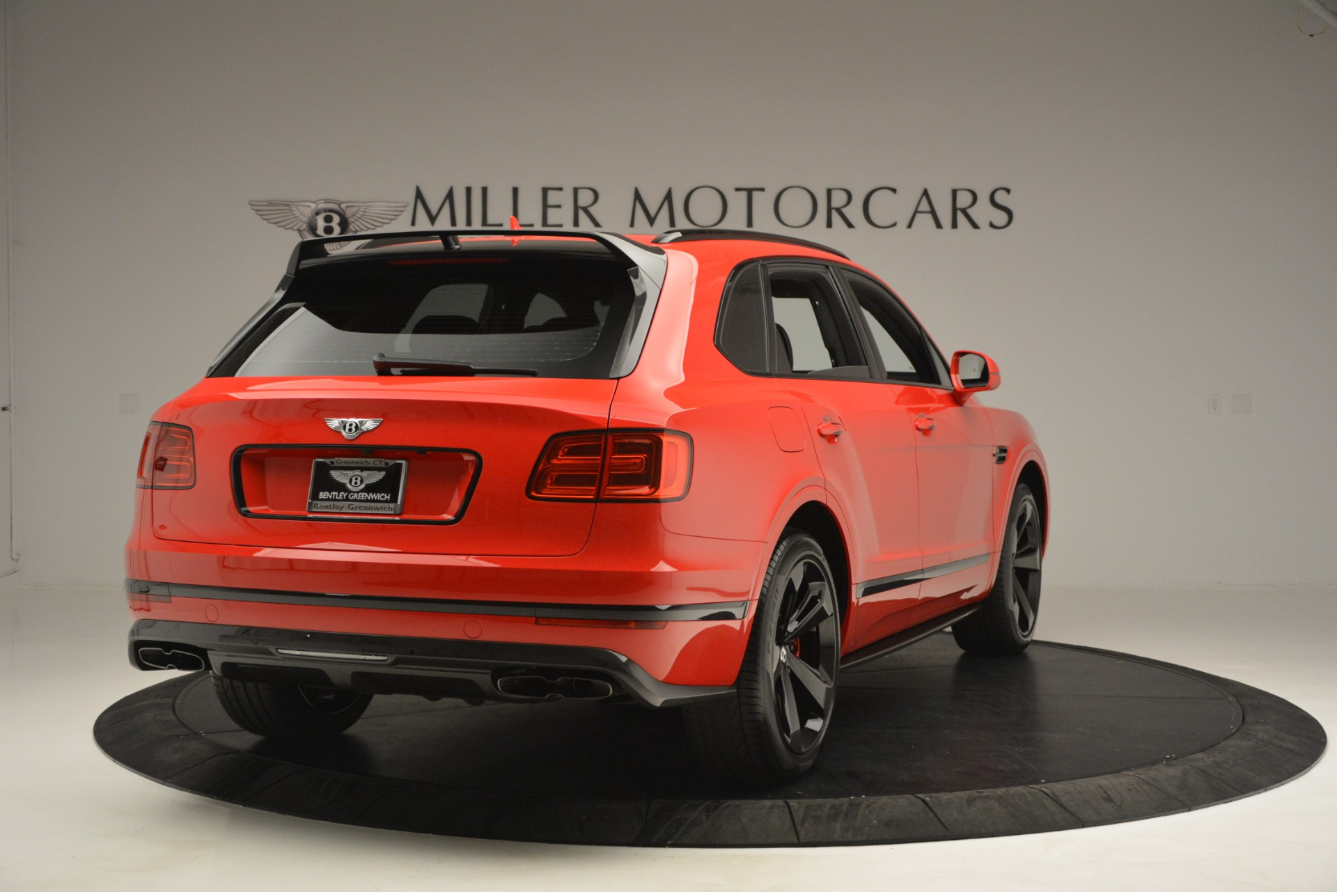 New 2019 BENTLEY Bentayga V8 For Sale In Greenwich, CT 2536_p7