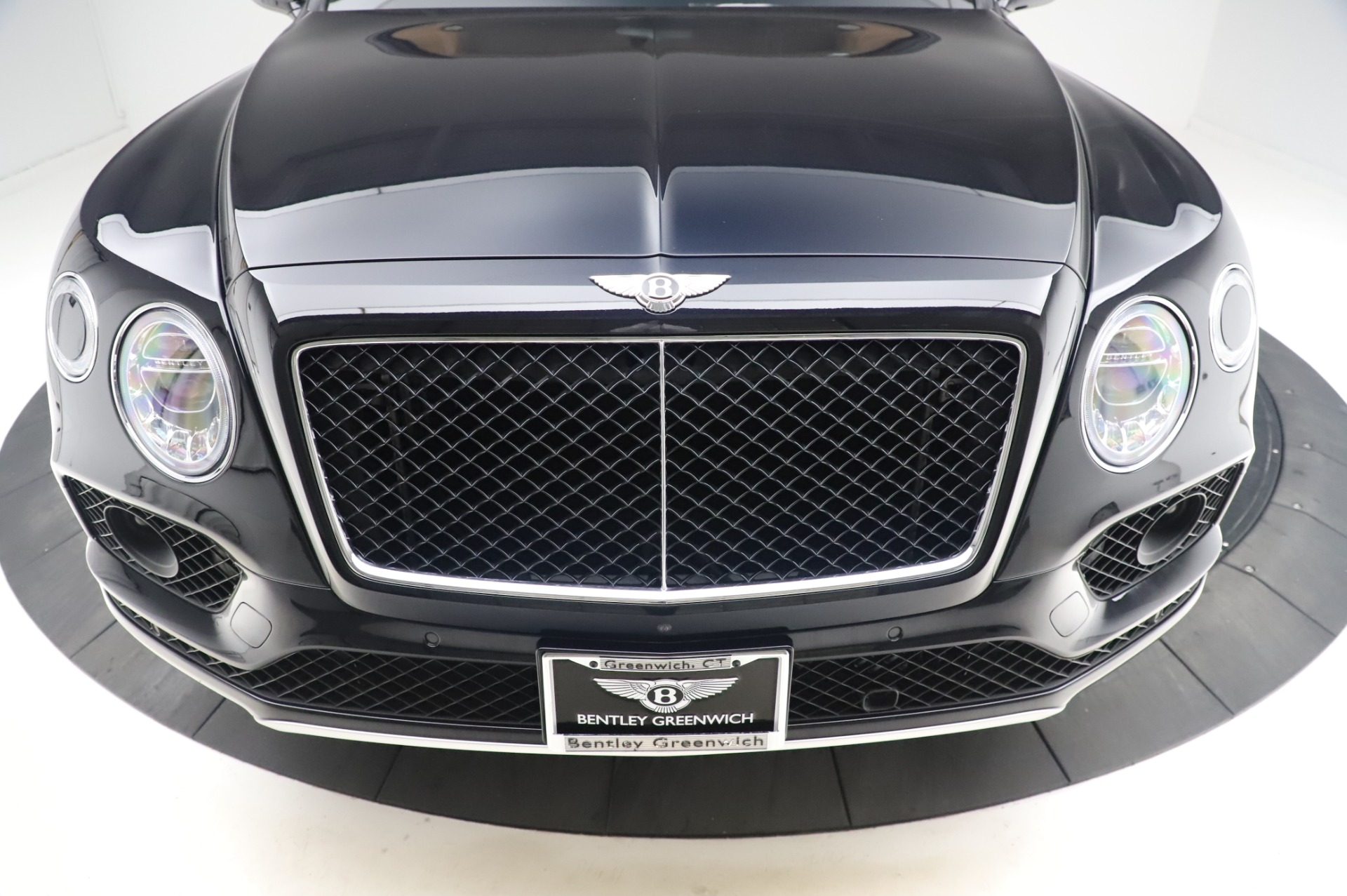 New 2019 Bentley Bentayga V8 For Sale In Greenwich, CT 2537_p13