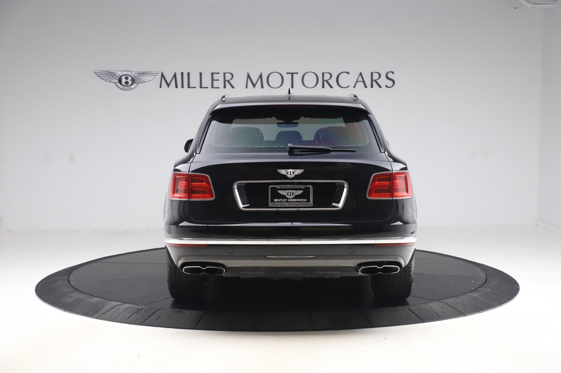 New 2019 Bentley Bentayga V8 For Sale In Greenwich, CT 2537_p6