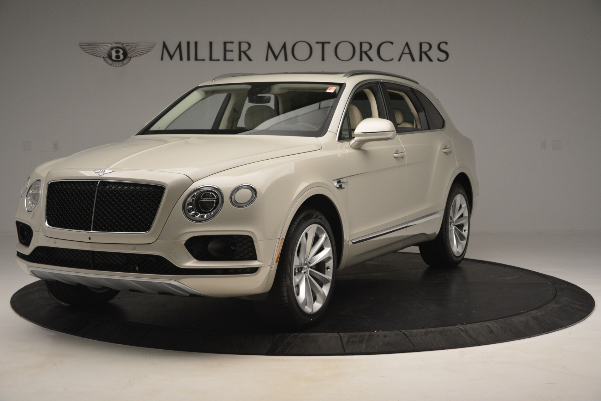 New 2019 Bentley Bentayga V8 For Sale In Greenwich, CT 2538_main