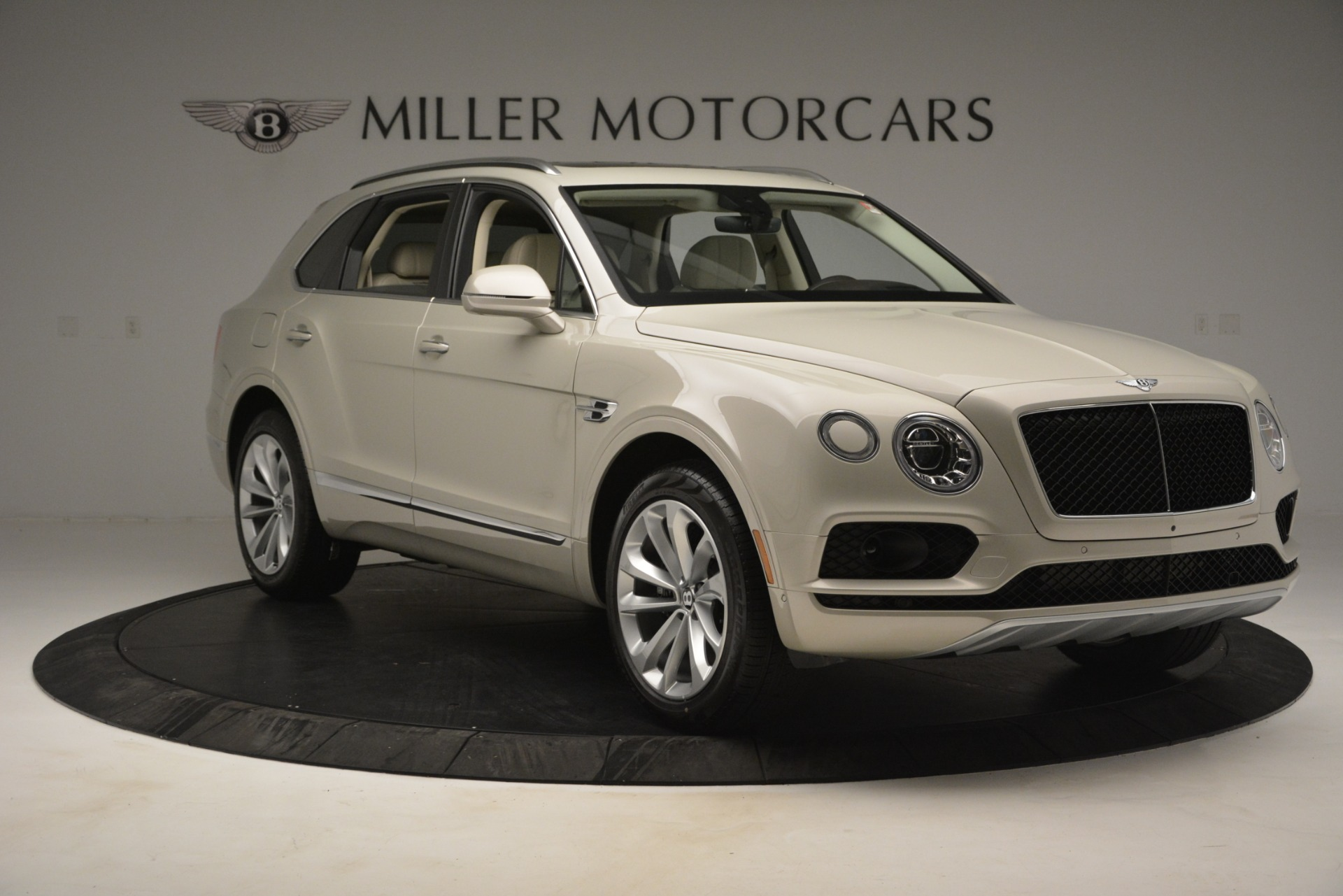 New 2019 Bentley Bentayga V8 For Sale In Greenwich, CT 2538_p11