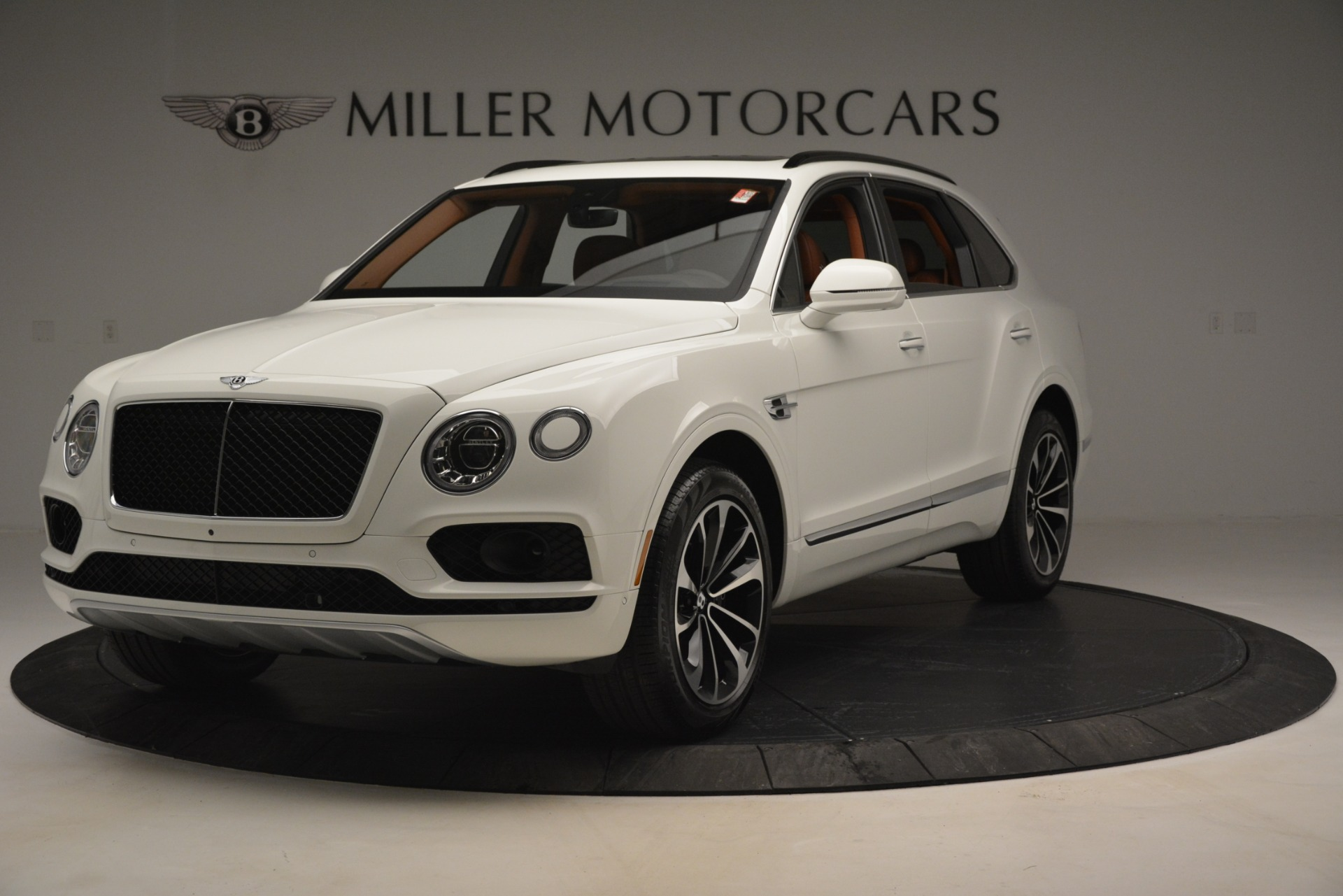 New 2019 Bentley Bentayga V8 For Sale In Greenwich, CT 2539_main
