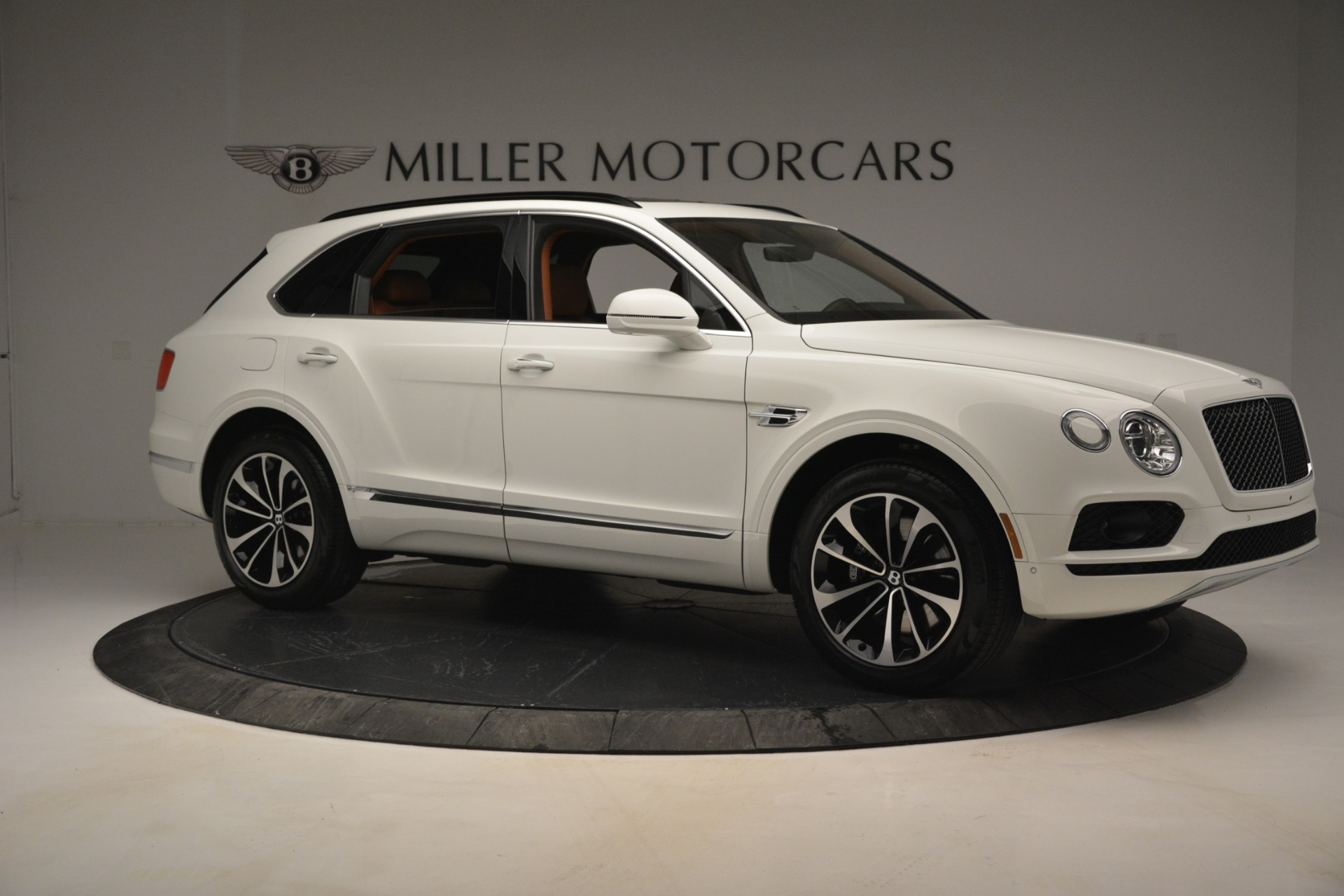New 2019 Bentley Bentayga V8 For Sale In Greenwich, CT 2539_p11