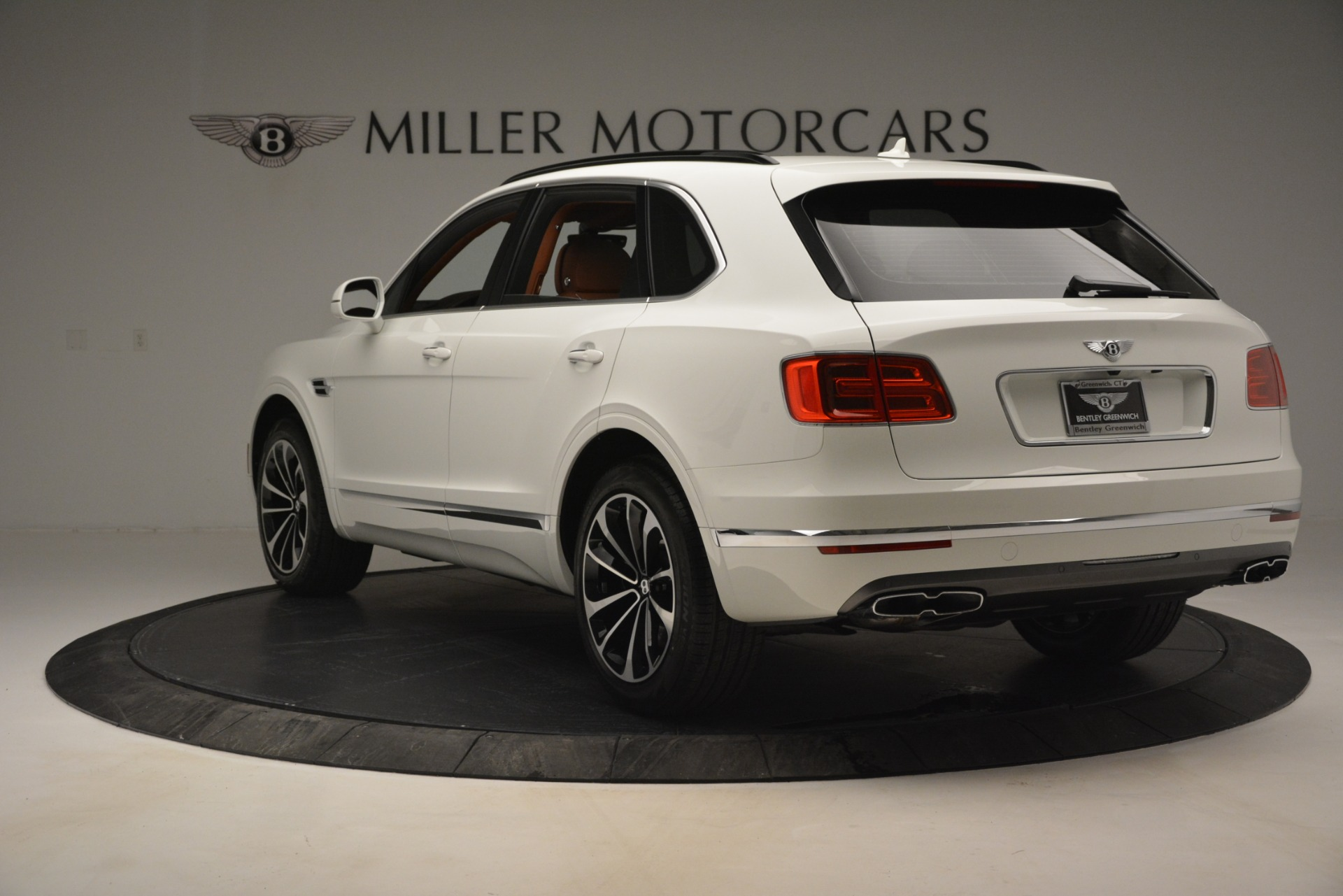 New 2019 Bentley Bentayga V8 For Sale In Greenwich, CT 2539_p5