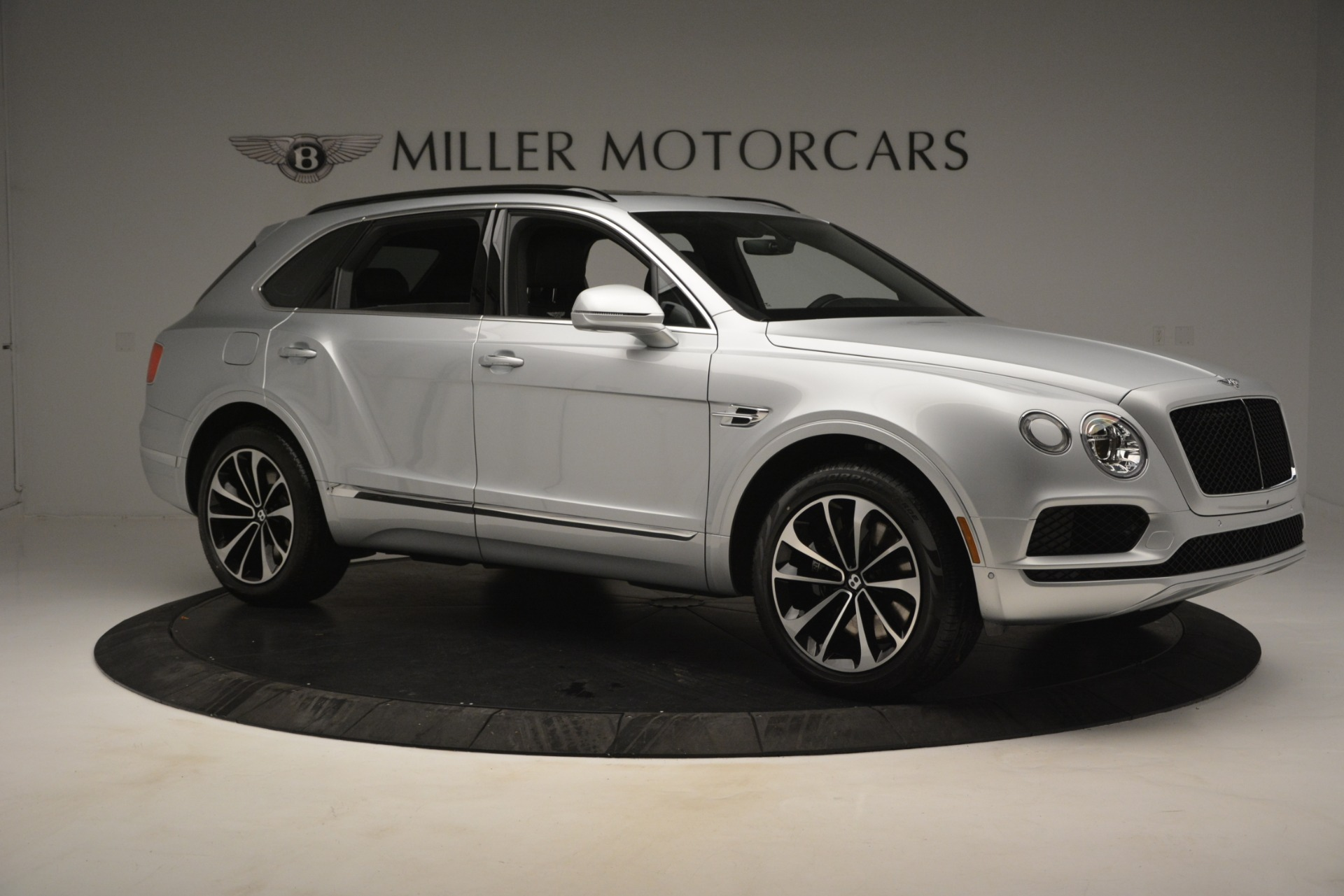 New 2019 Bentley Bentayga V8 For Sale In Greenwich, CT 2540_p10