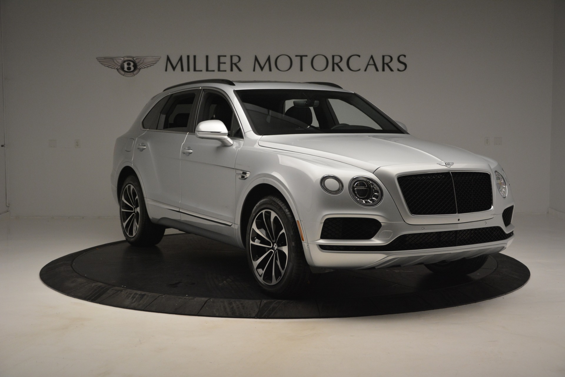New 2019 Bentley Bentayga V8 For Sale In Greenwich, CT 2540_p11