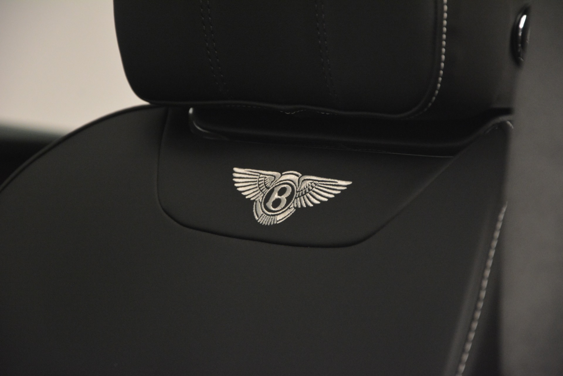 New 2019 Bentley Bentayga V8 For Sale In Greenwich, CT 2540_p20