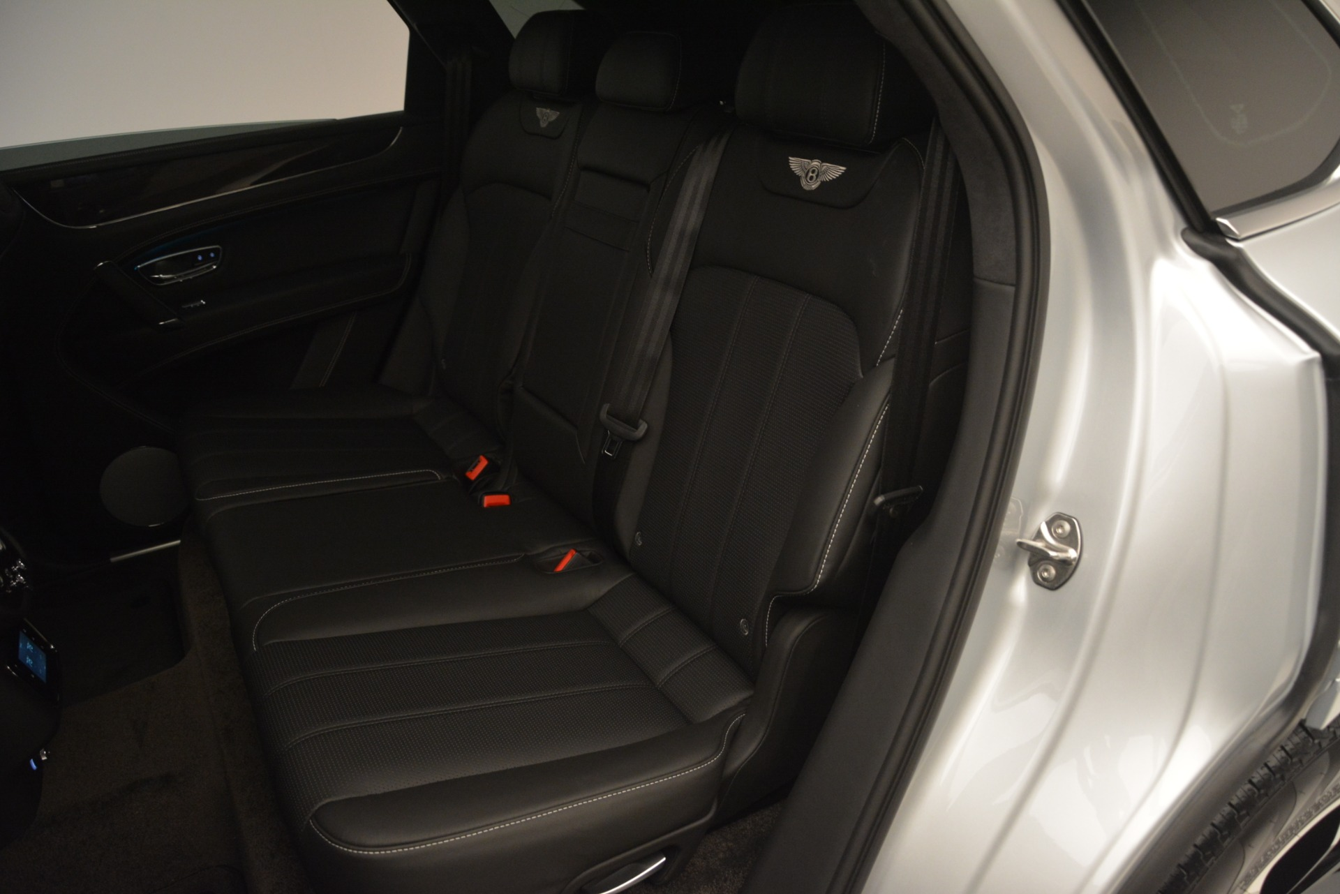 New 2019 Bentley Bentayga V8 For Sale In Greenwich, CT 2540_p25