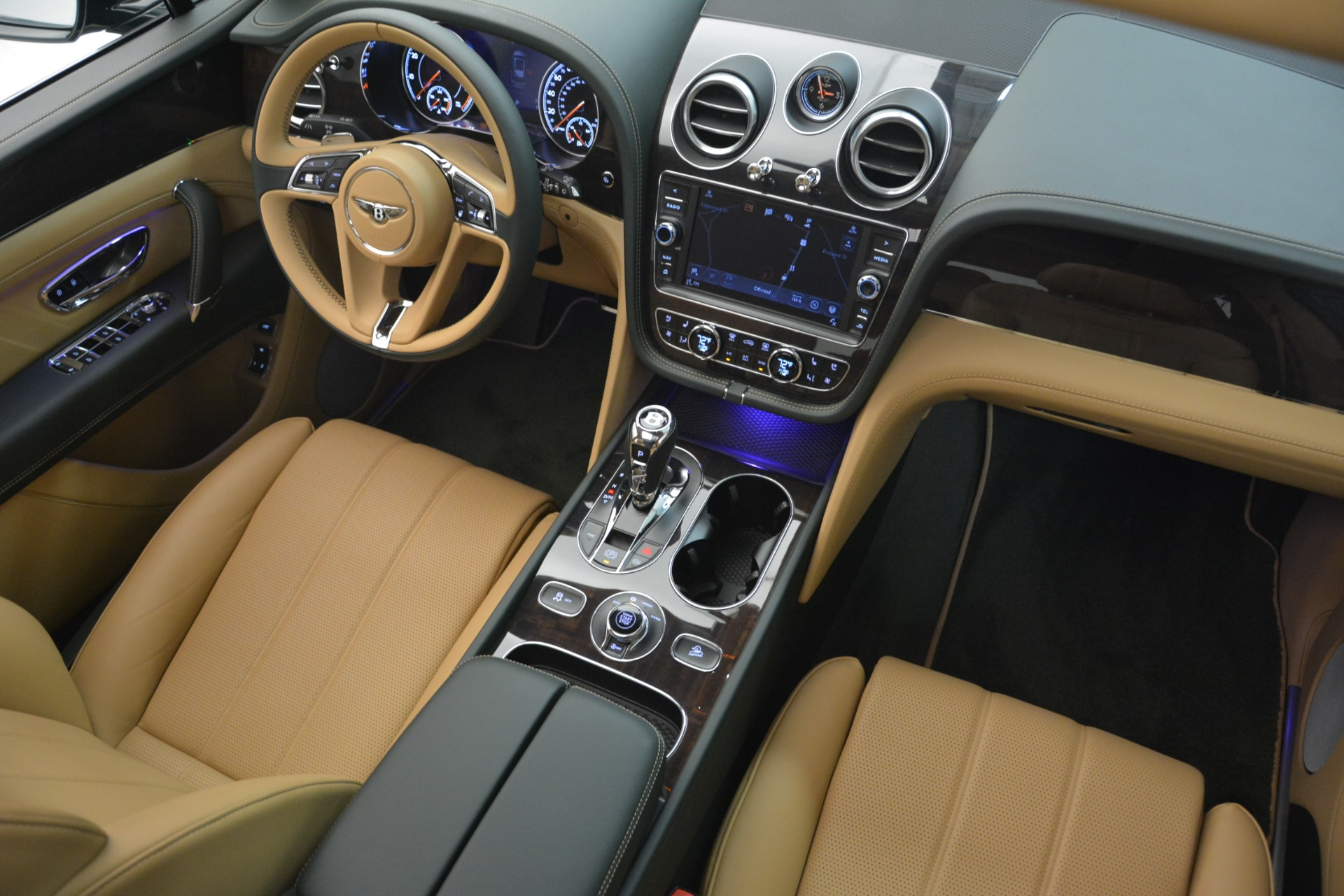 New 2019 Bentley Bentayga V8 For Sale In Greenwich, CT 2541_p30