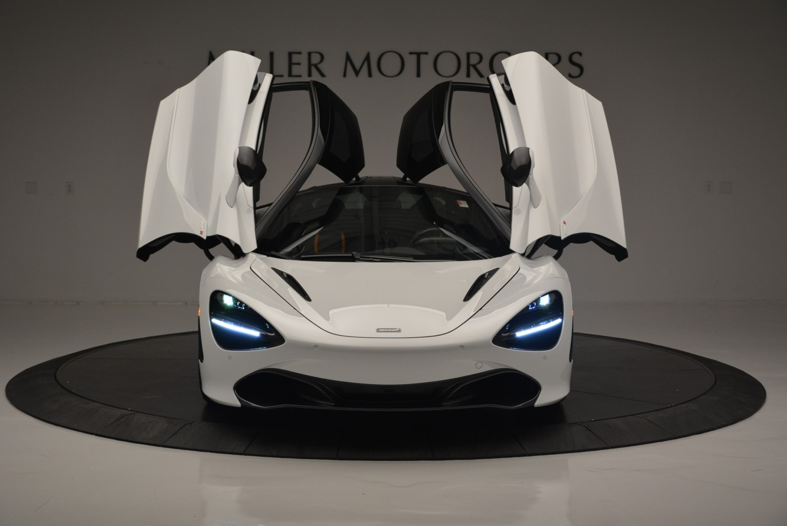 Used 2019 McLaren 720S Coupe For Sale In Greenwich, CT 2543_p13