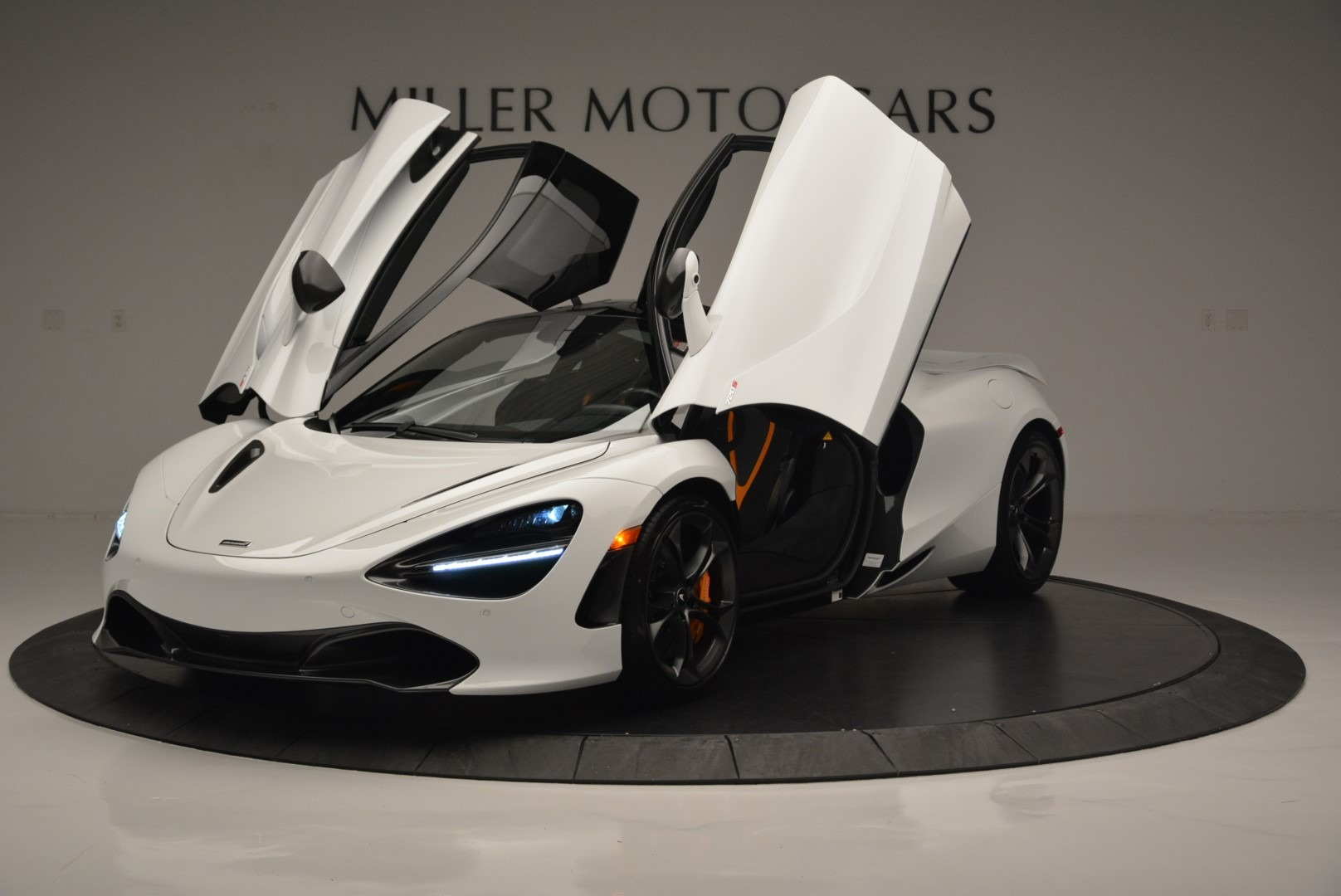 Used 2019 McLaren 720S Coupe For Sale In Greenwich, CT 2543_p14